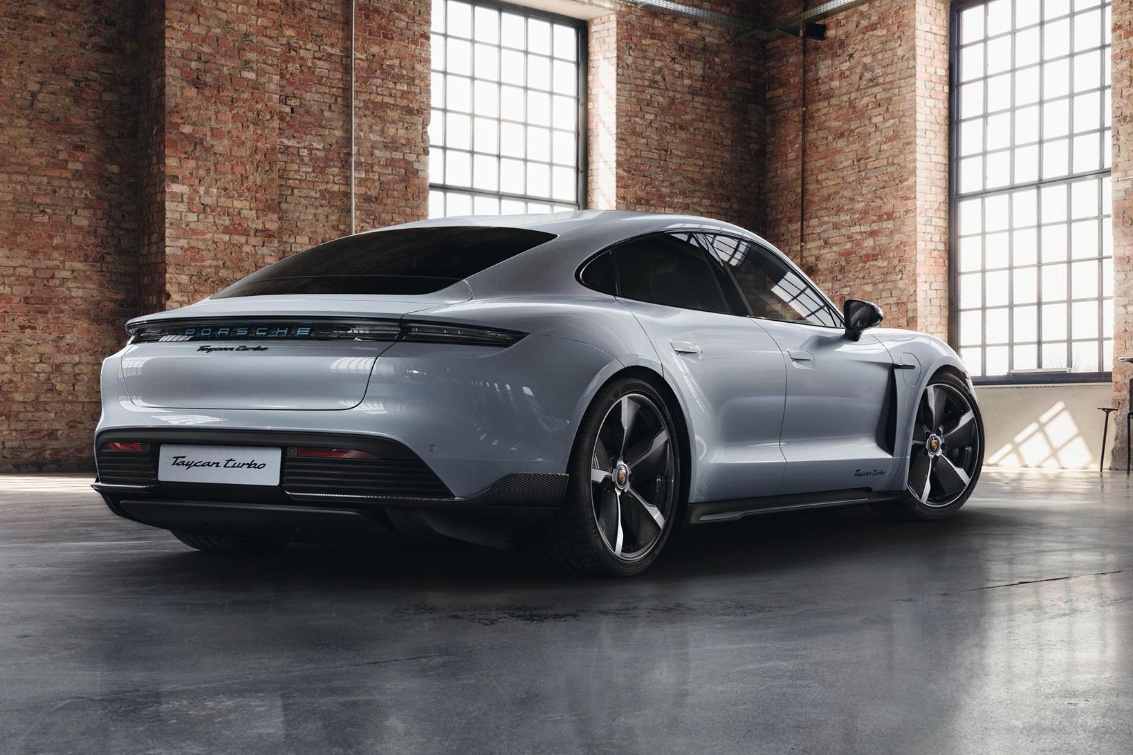 Porsche-Exclusive-Taycan-Turbo-7