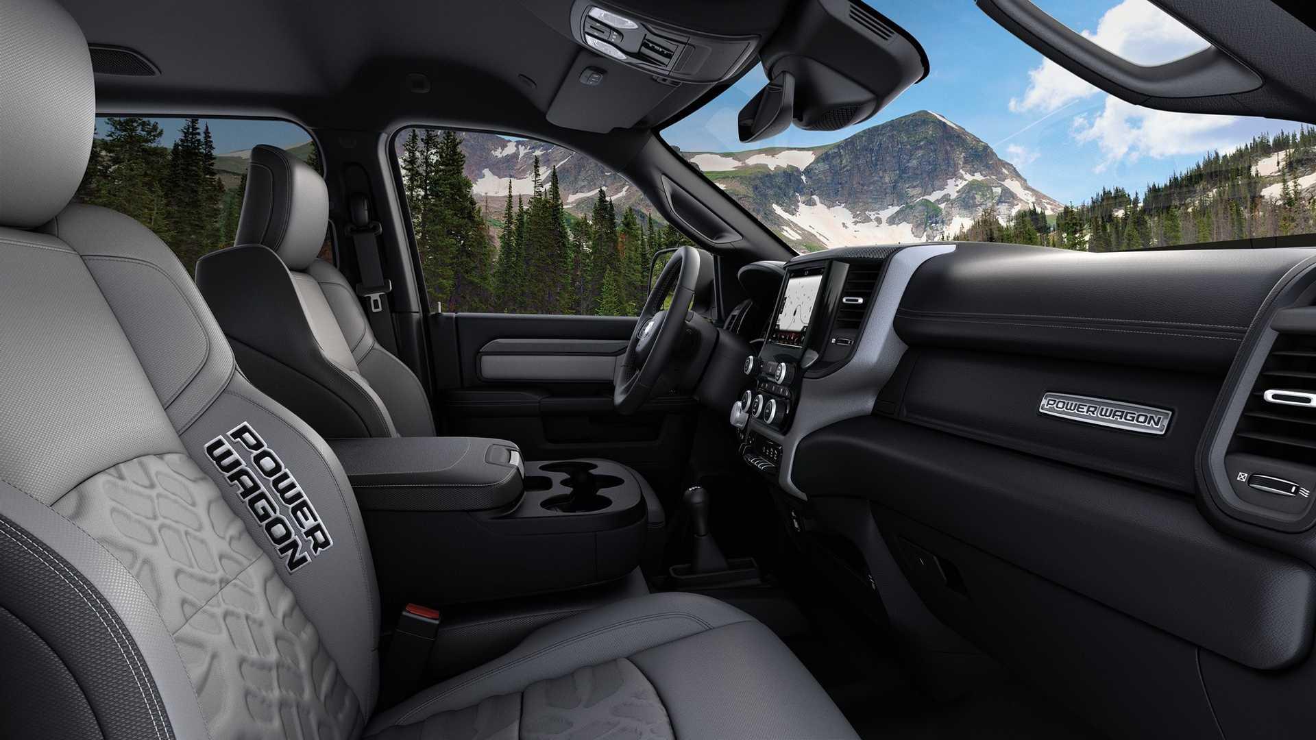 2019-ram-heavy-duty-interior (2)