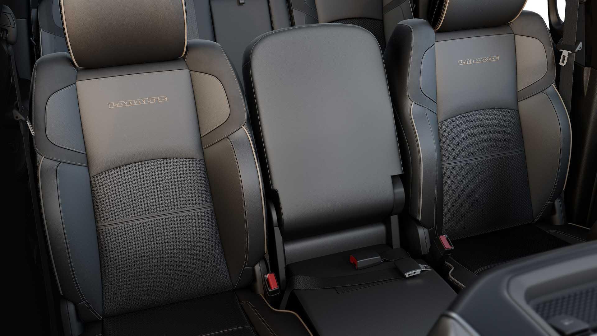 2019-ram-heavy-duty-interior (45)