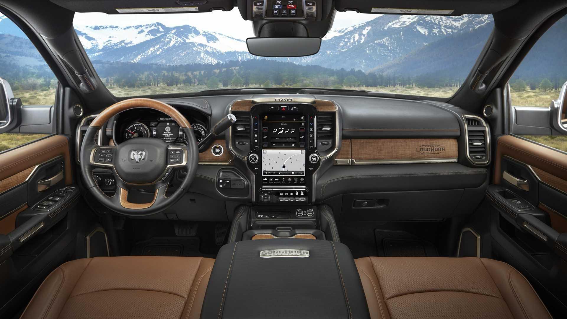 2019-ram-heavy-duty-interior (69)