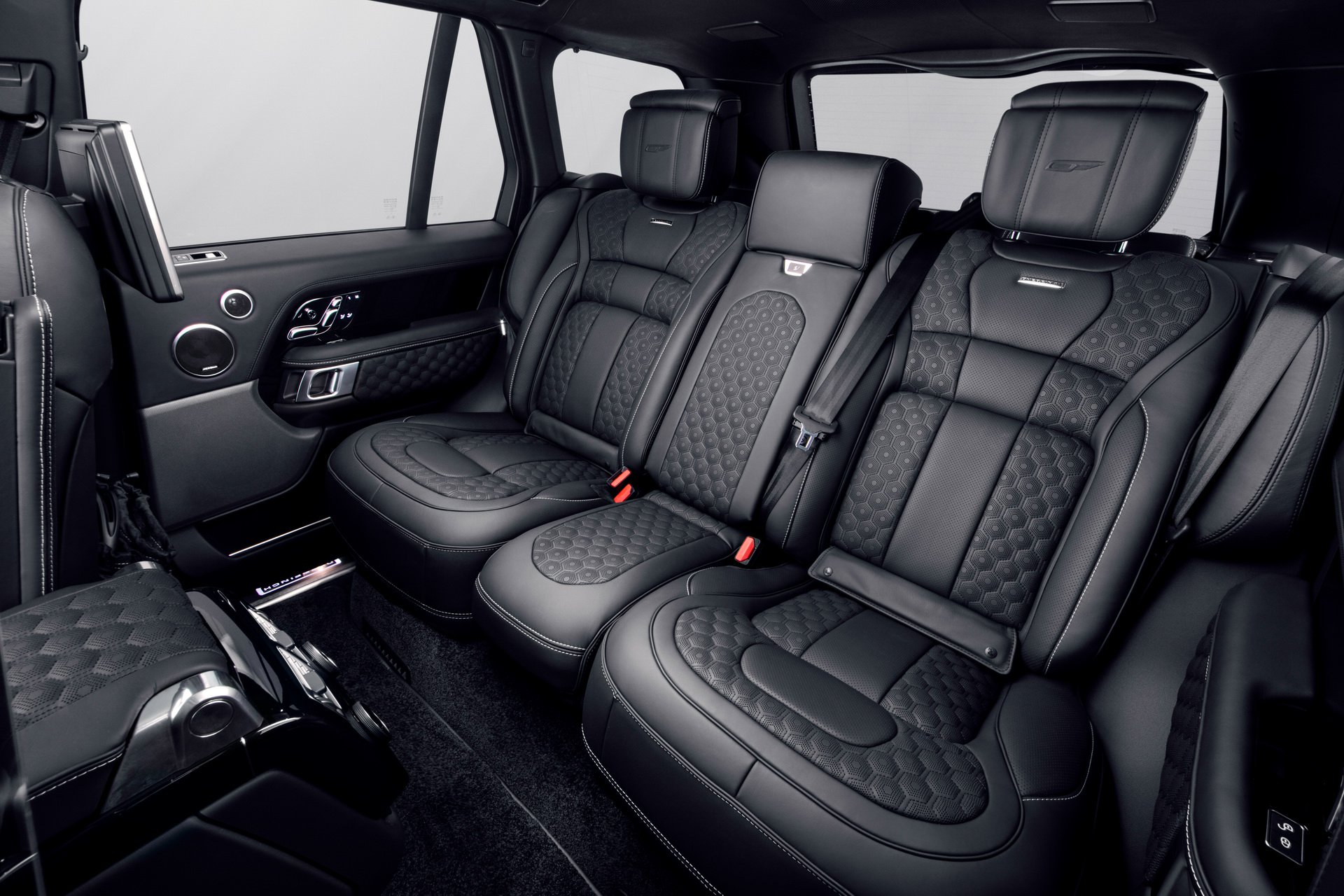 Range-Rover-Velocity-by-Overfinch-10