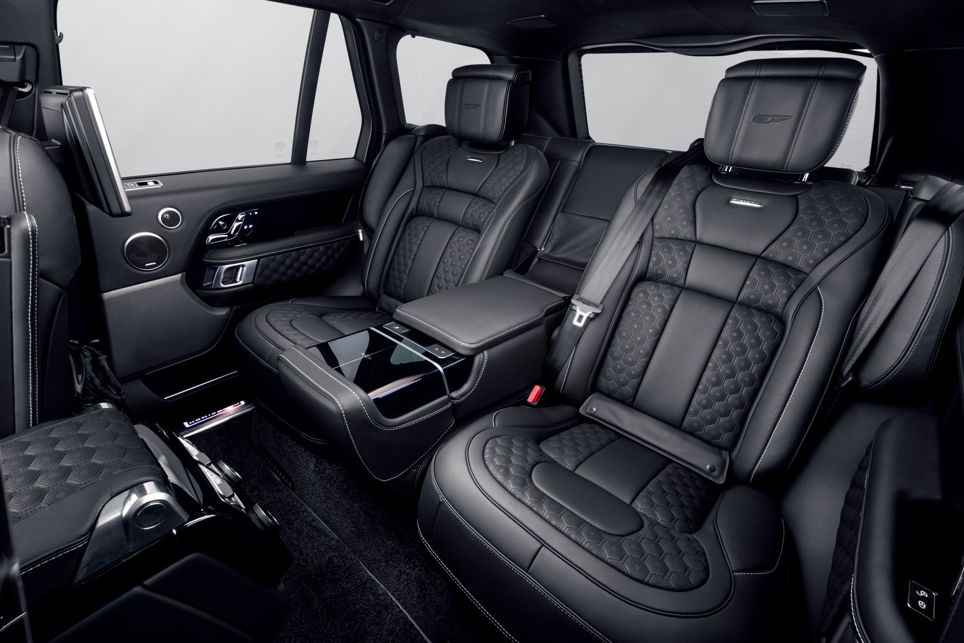 Range-Rover-Velocity-by-Overfinch-11