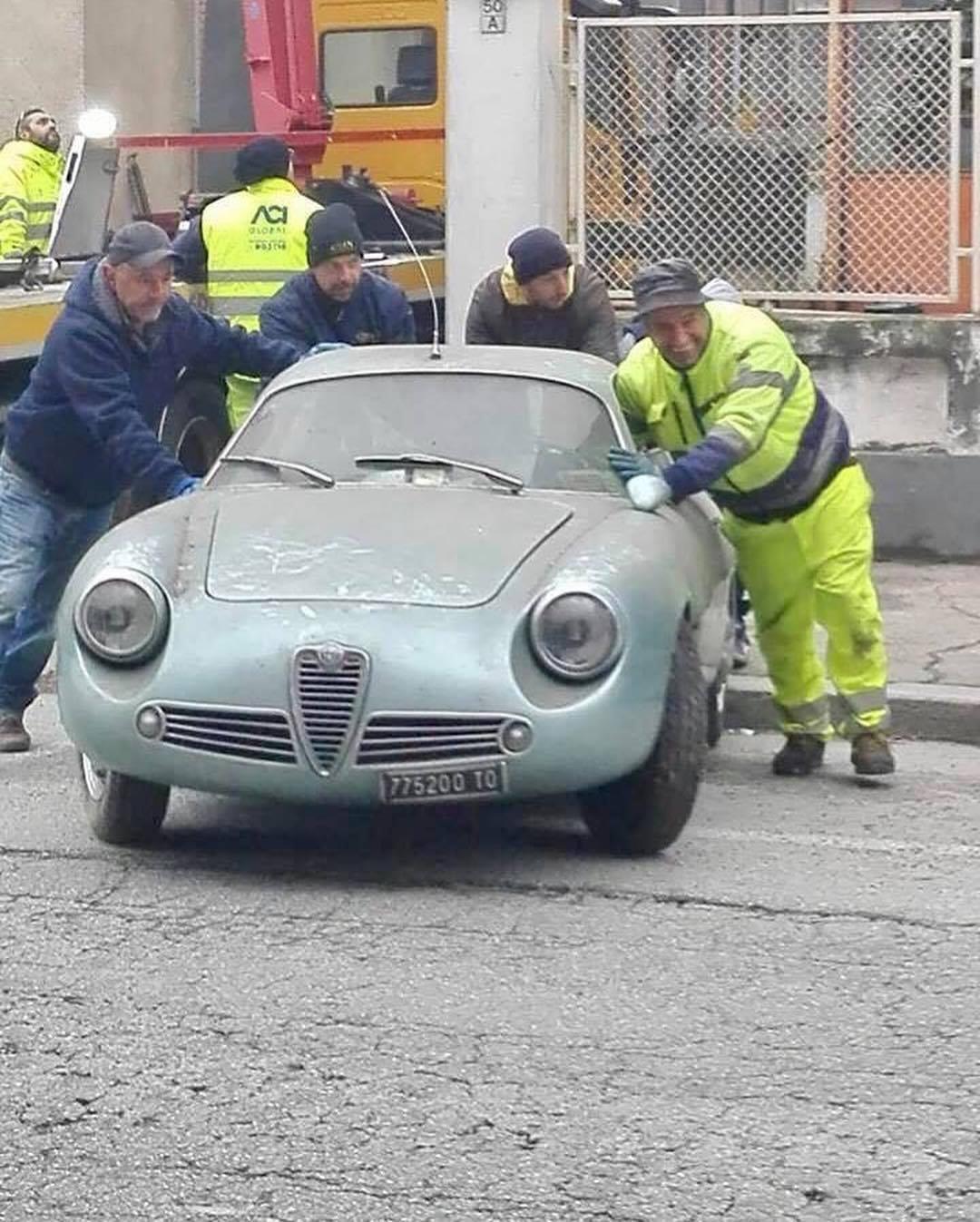 1962_Alfa_Romeo_Giulietta_SZ_0001