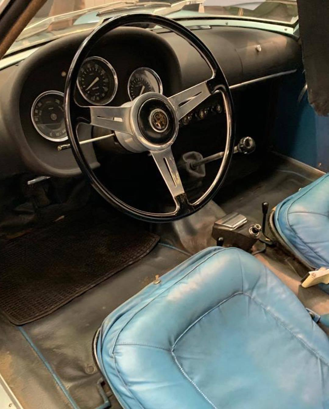 1962_Alfa_Romeo_Giulietta_SZ_0003