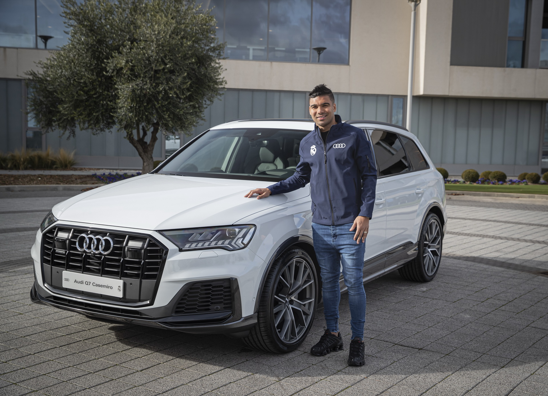 Real_Madrid_Players_Audi_0028