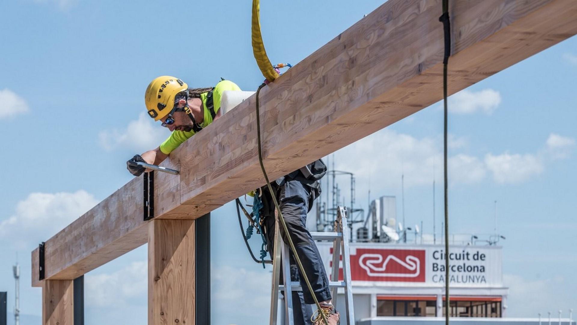 Red-Bull-F1-Energy-Station-2019-6