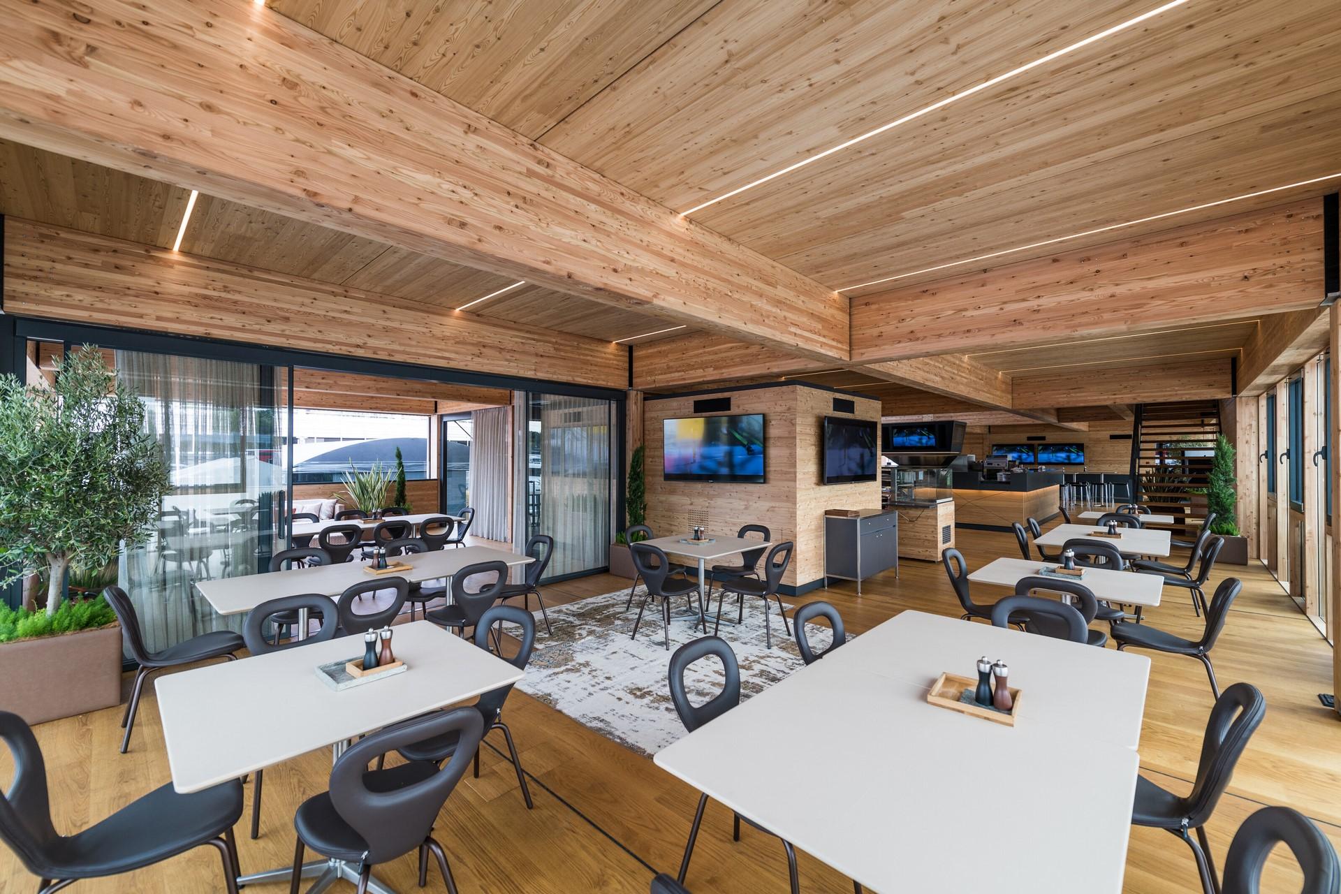 Red-Bull-F1-Energy-Station-2019-9