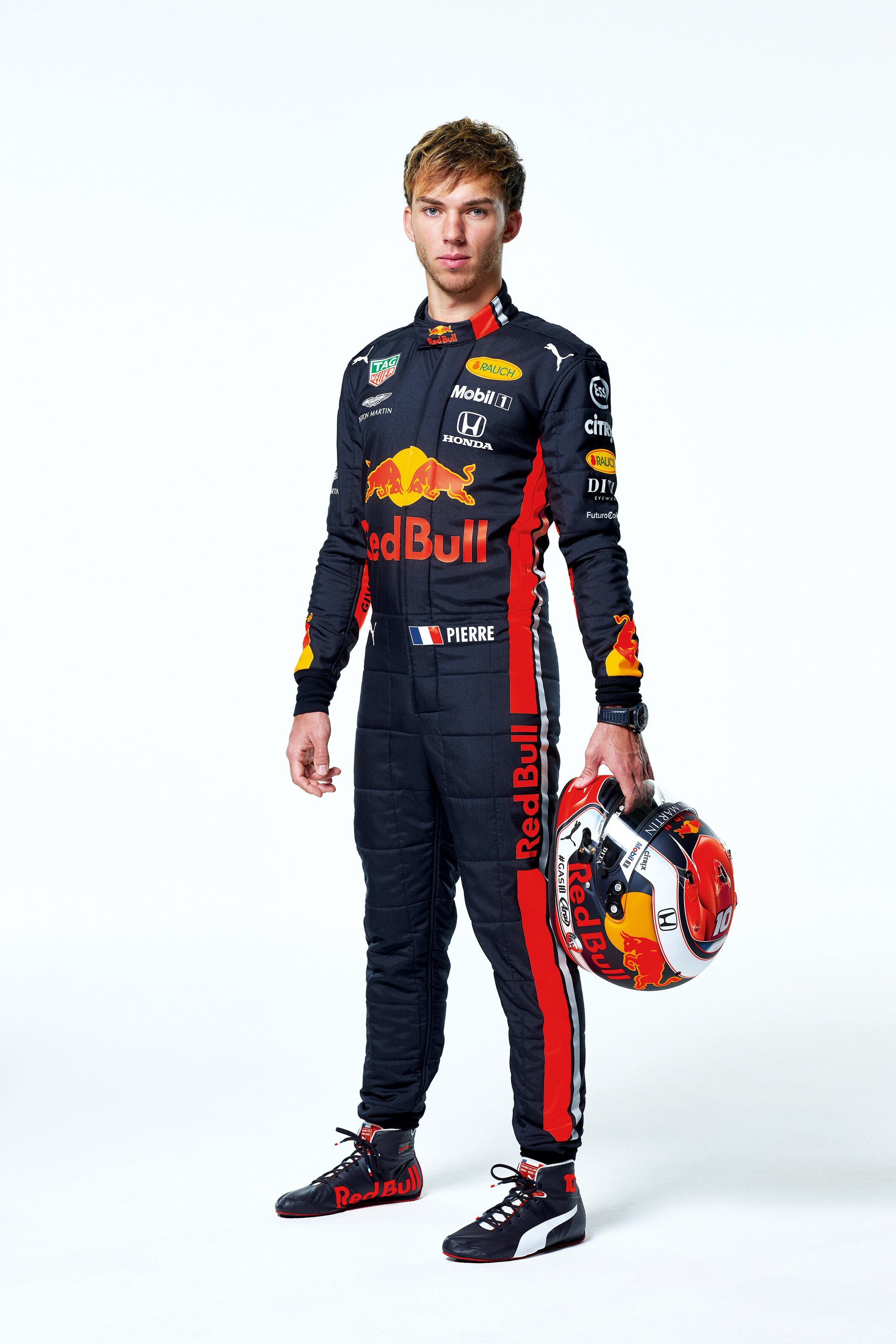 Pierre Gasly seen during the Red Bull Racing 2019 Studio Shoot, February 2019, United Kingdom // Dustin Snipes/Red Bull Content Pool // AP-1YFPFH8Z11W11 // Usage for editorial use only // Please go to www.redbullcontentpool.com for further information. //