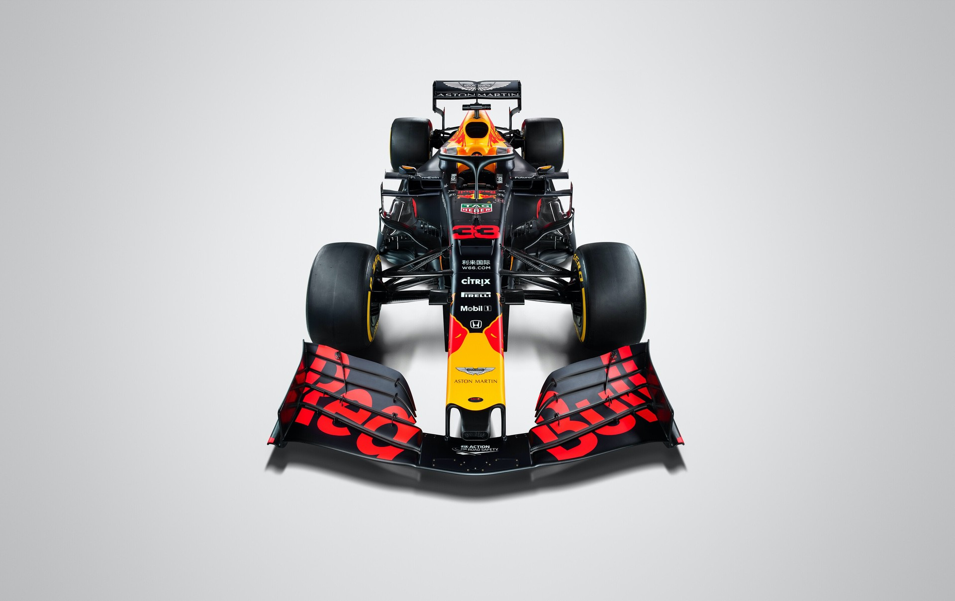 Aston Martin Red Bull Racing RB15 seen during a Studio Shoot in February 2019, United Kingdom // Thomas Butler / Red Bull Content Pool // AP-1YFPFHADD1W11 // Usage for editorial use only // Please go to www.redbullcontentpool.com for further information. //