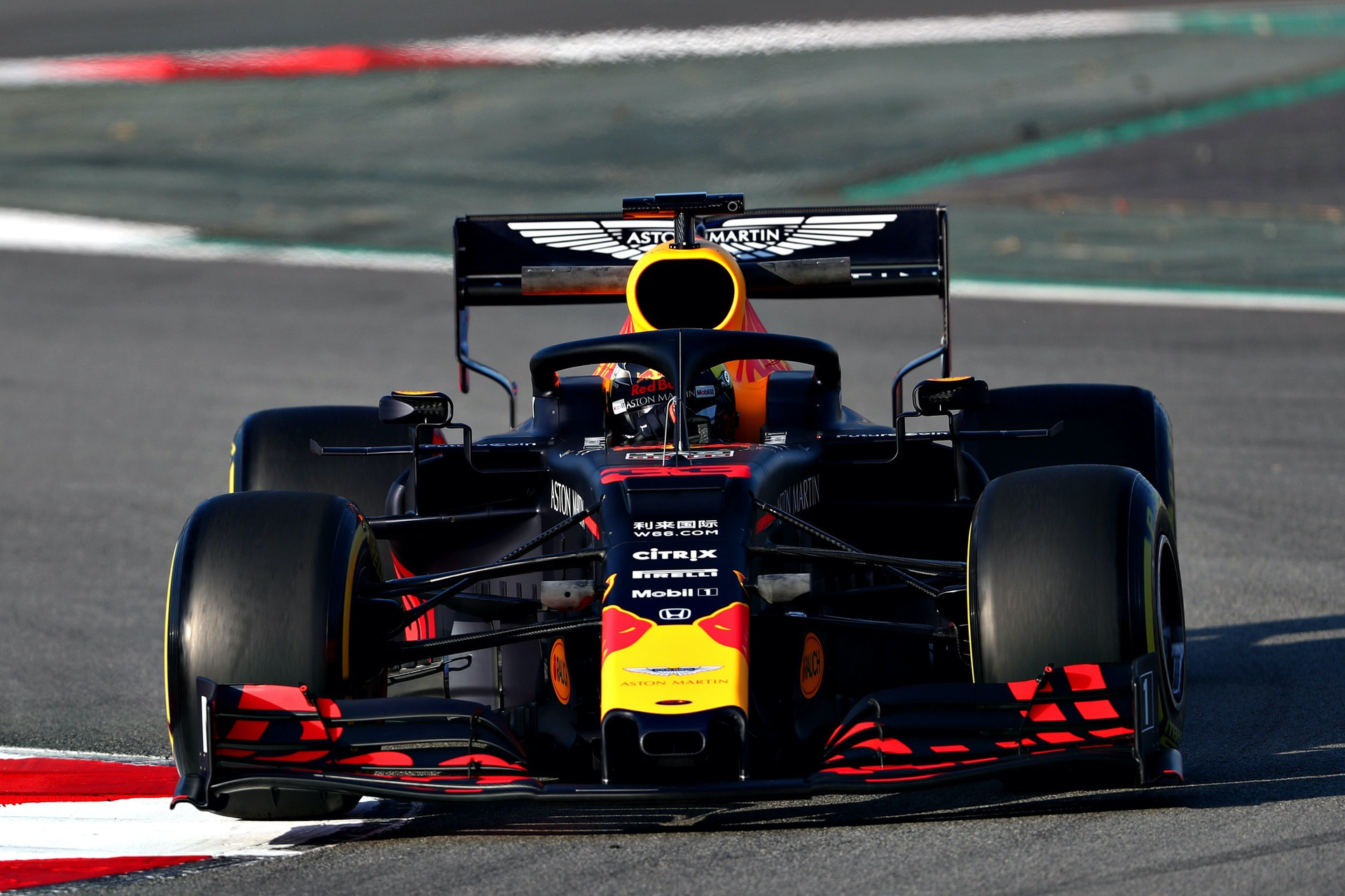 MONTMELO, SPAIN - FEBRUARY 18: Max Verstappen of the Netherlands driving the (33) Aston Martin Red Bull Racing RB15 on track during day one of F1 Winter Testing at Circuit de Catalunya on February 18, 2019 in Montmelo, Spain. (Photo by Dan Istitene/Getty Images) // Getty Images / Red Bull Content Pool  // AP-1YFQGD5J91W11 // Usage for editorial use only // Please go to www.redbullcontentpool.com for further information. //