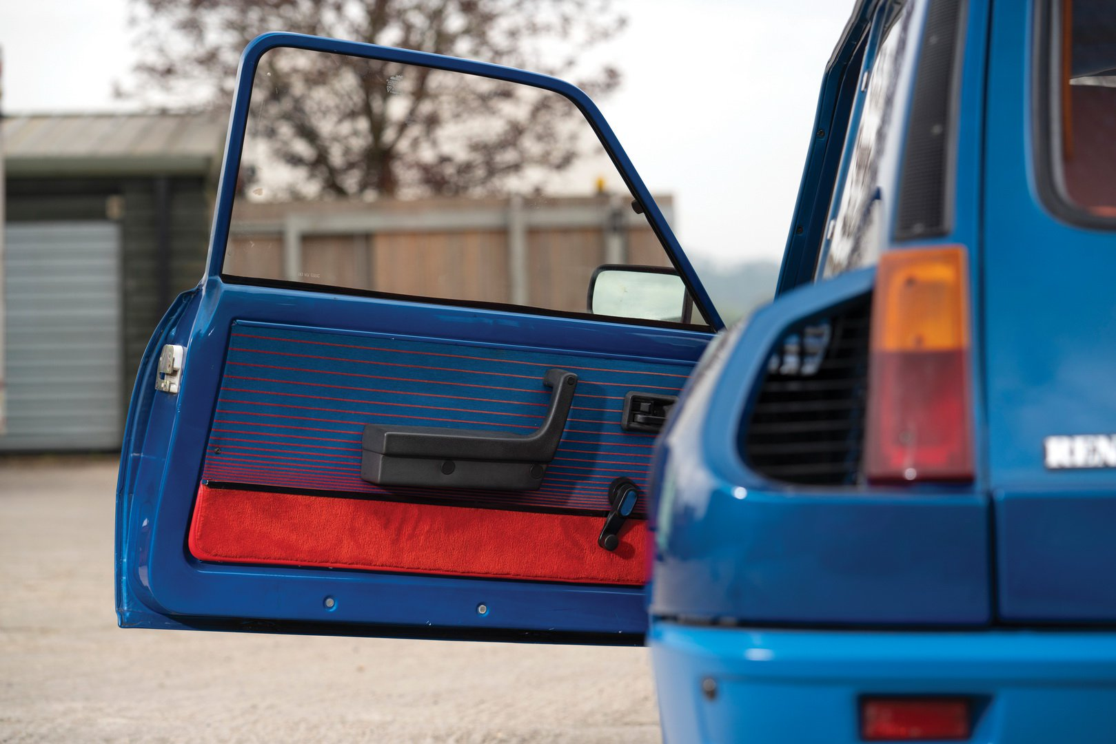 Renault-5-Turbo-for-sale-10