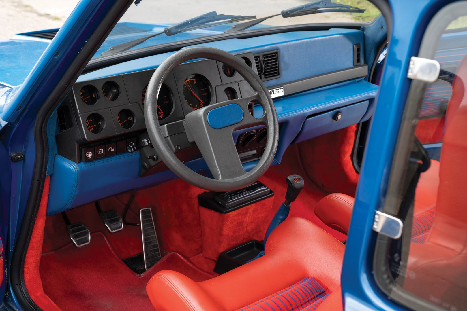 Renault-5-Turbo-for-sale-12