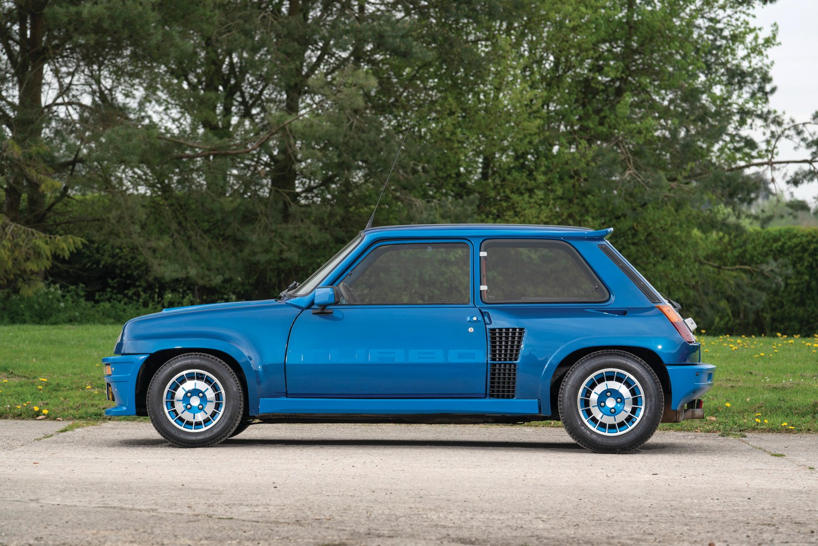 Renault-5-Turbo-for-sale-3