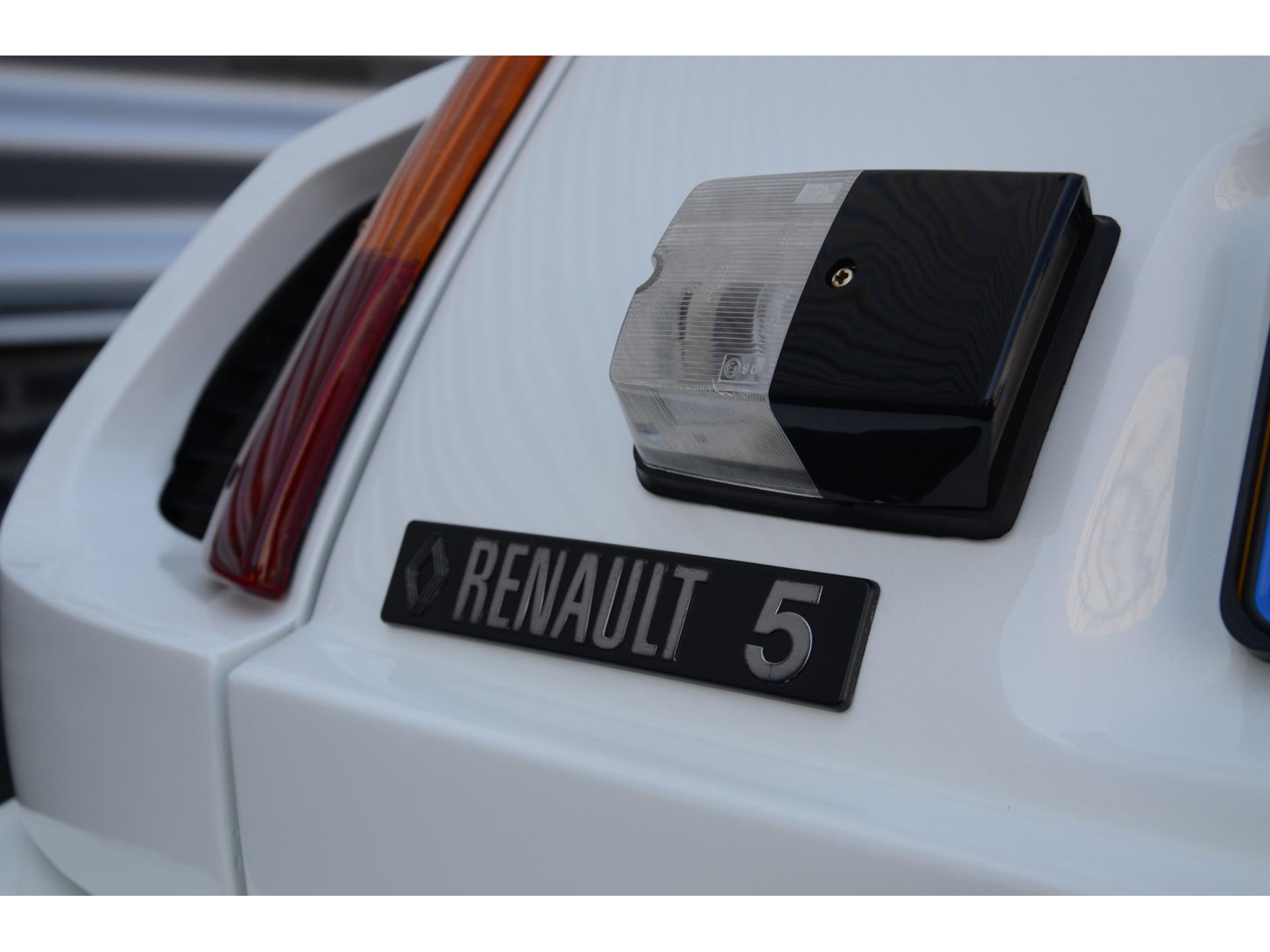 Renault-5-Turbo-Series-1-for-sale-45