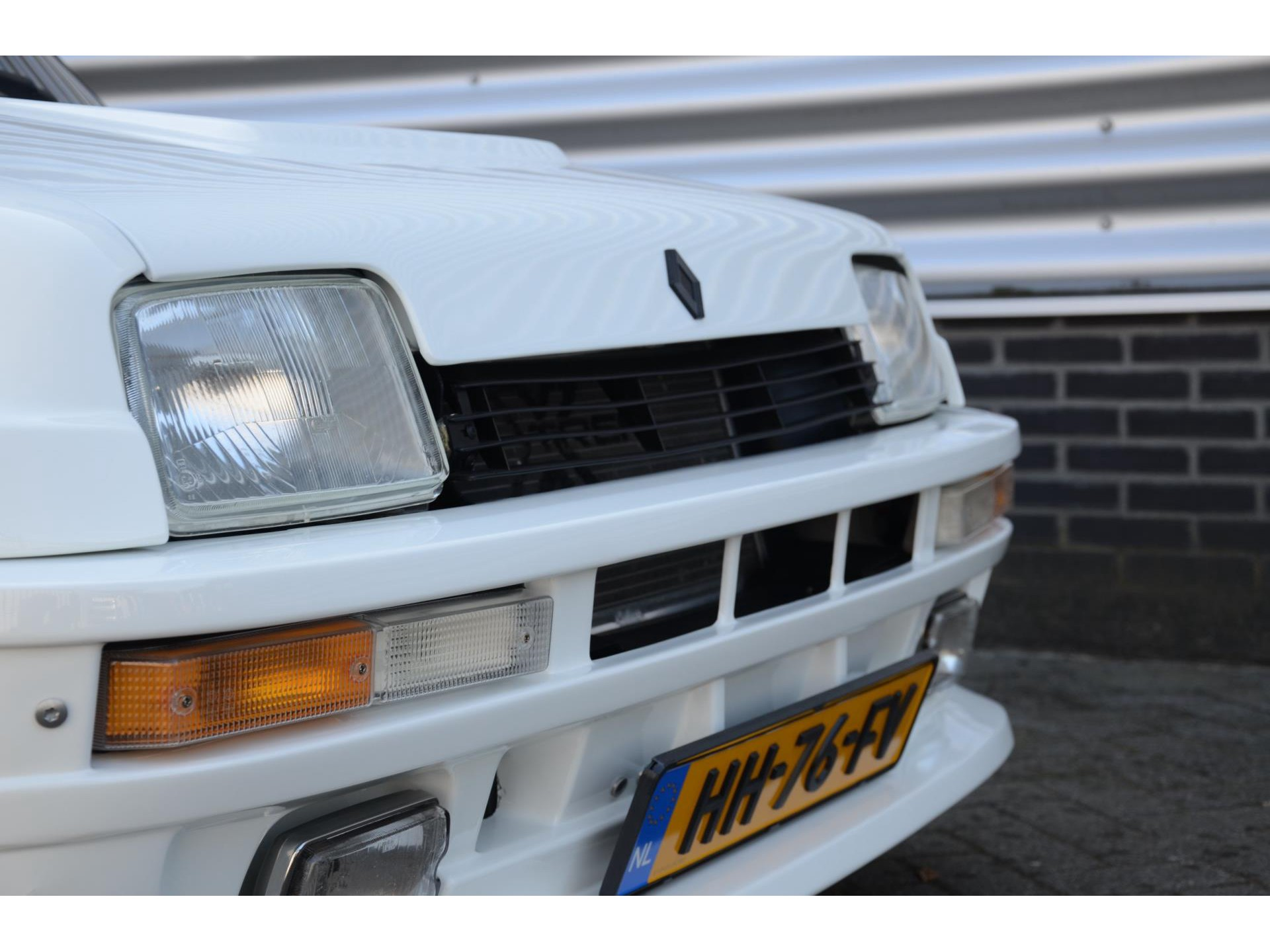 Renault-5-Turbo-Series-1-for-sale-57