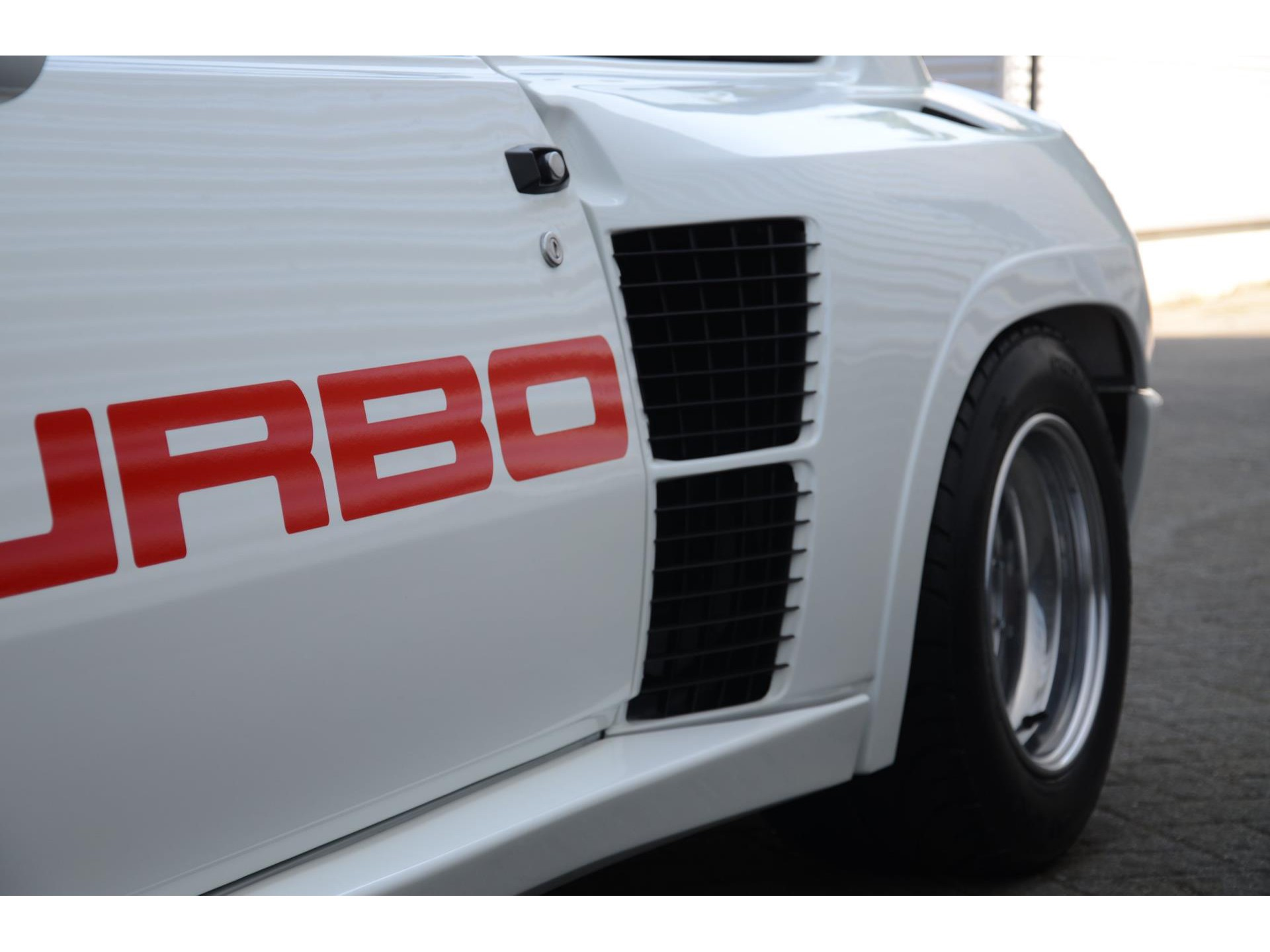 Renault-5-Turbo-Series-1-for-sale-62