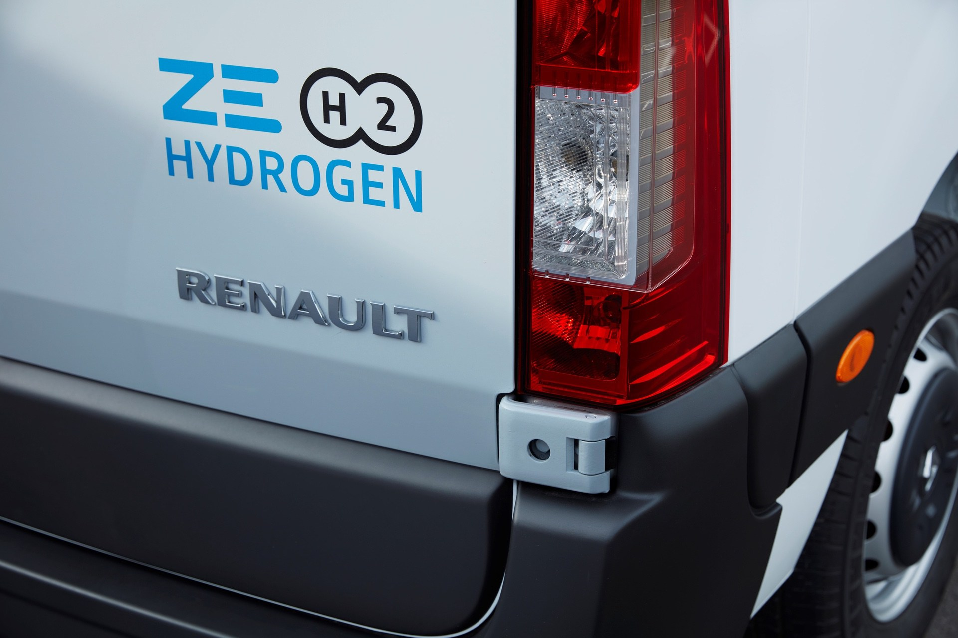 2019 - Véhicules Utilitaires Z.E. 33 H2 HYDROGEN