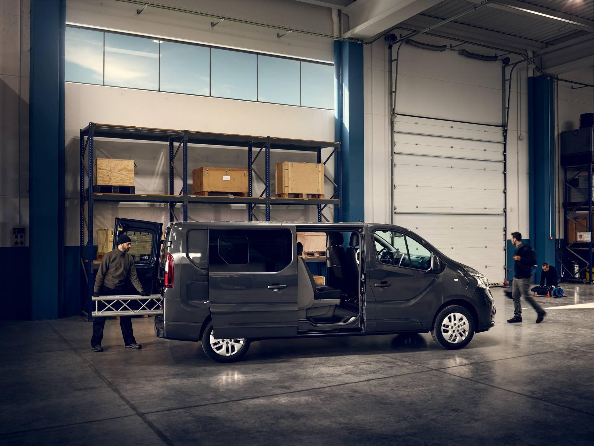 6fc658bd-2019my-renault-trafic-van-facelift-15