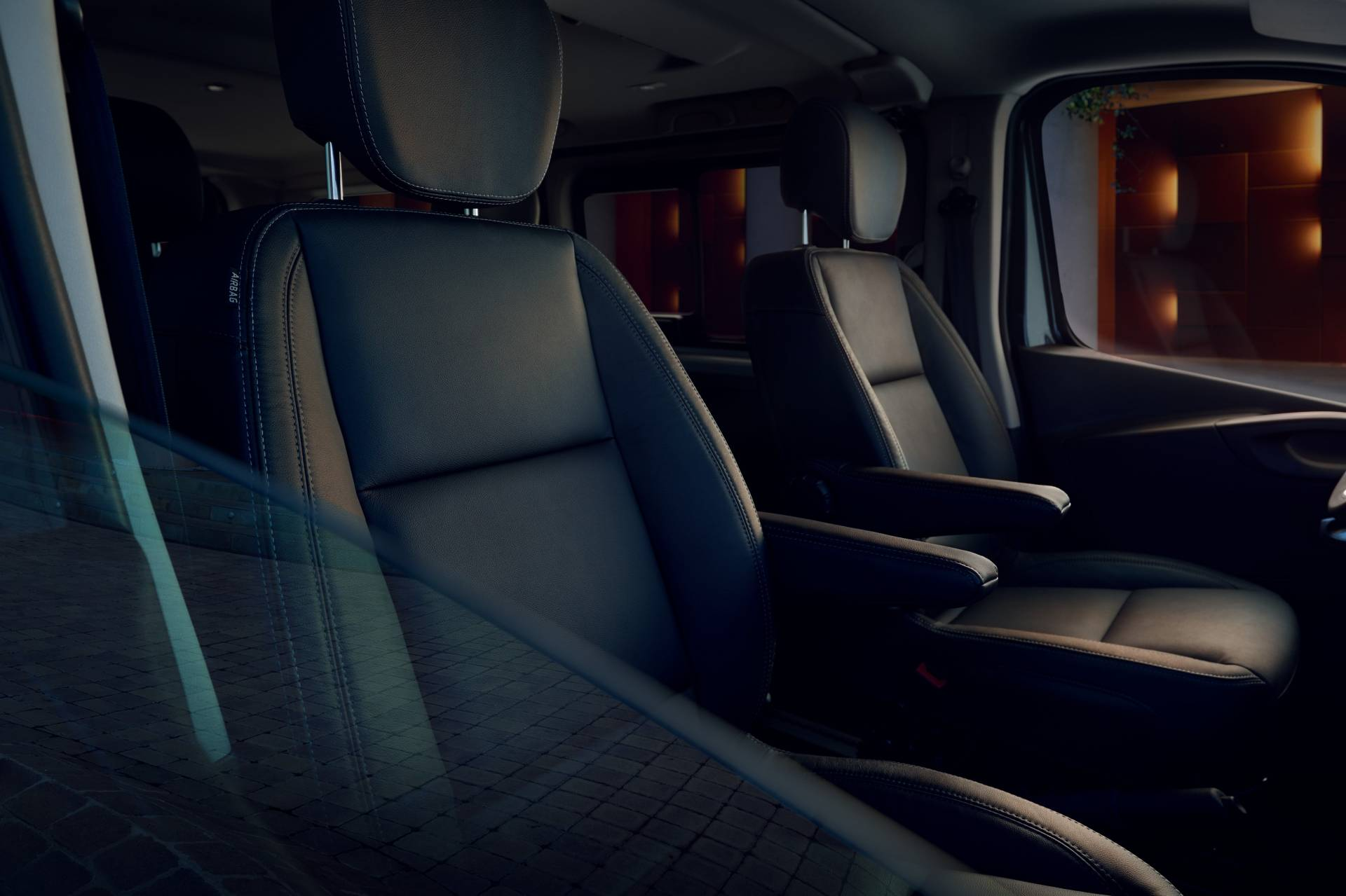 99fa147b-2019my-renault-trafic-spaceclass-facelift-8