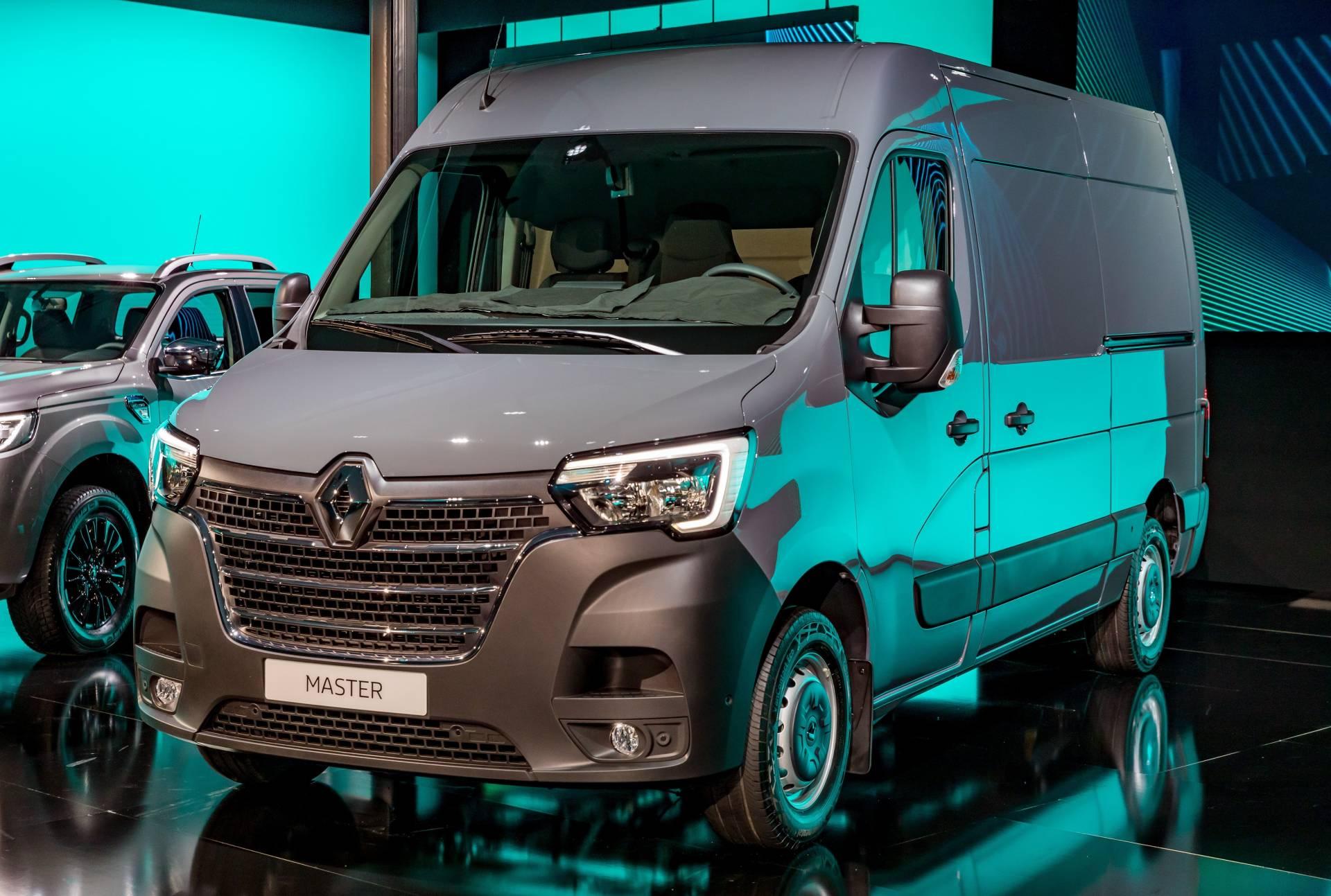 c47d4521-renault-commercial-vehicles-range-12