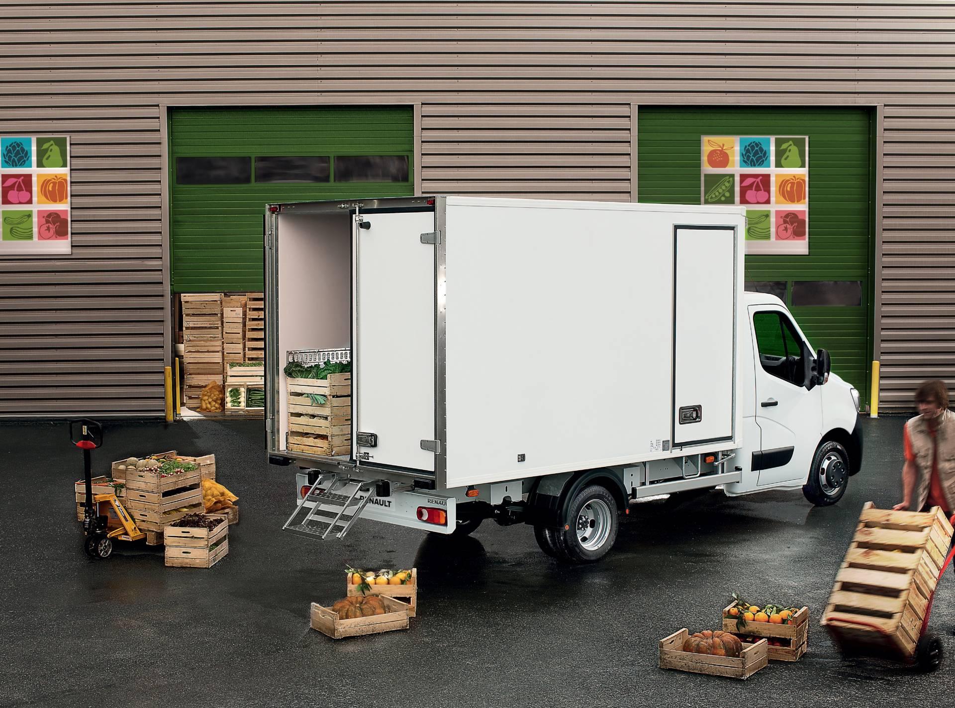 cf7c626e-2019my-renault-master-van-facelift-10