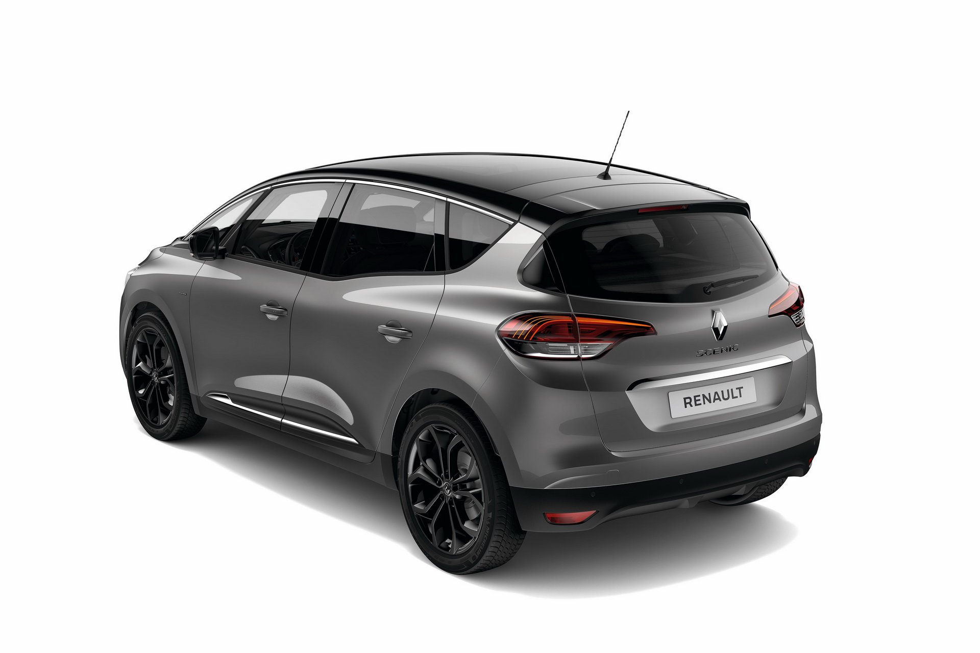 b1a2a7c0-renault-scenic-black-edition-france-6