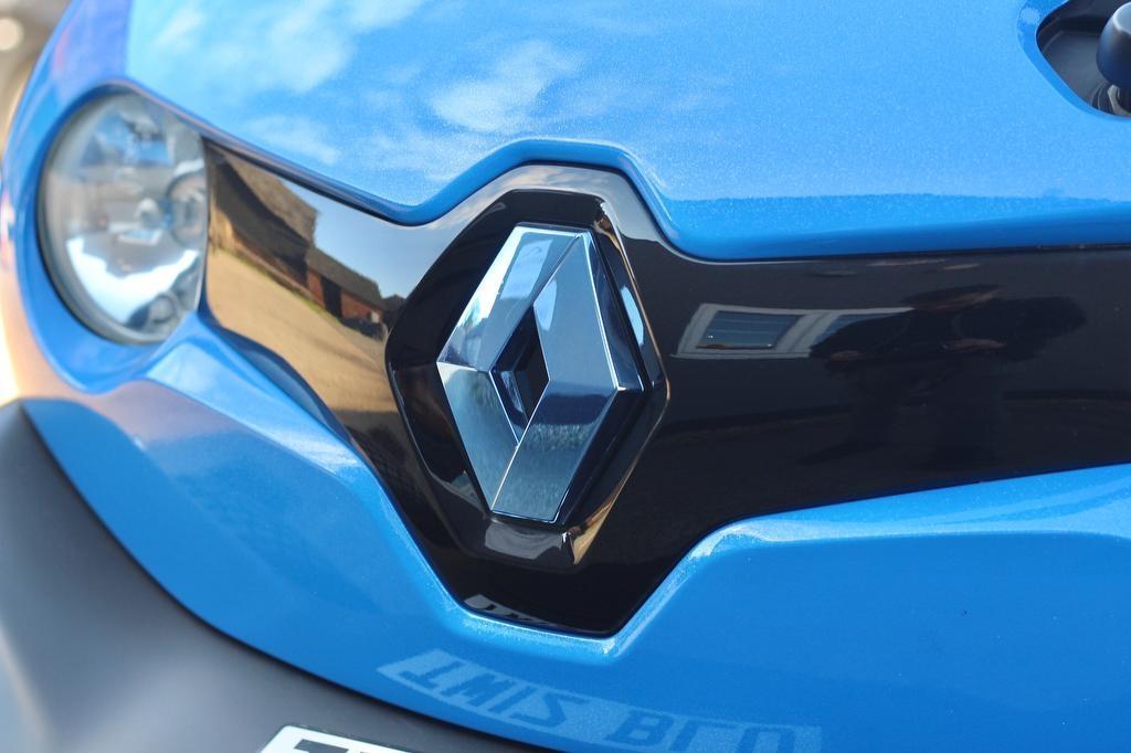 Renault-Twizy-Oakley-Design-18