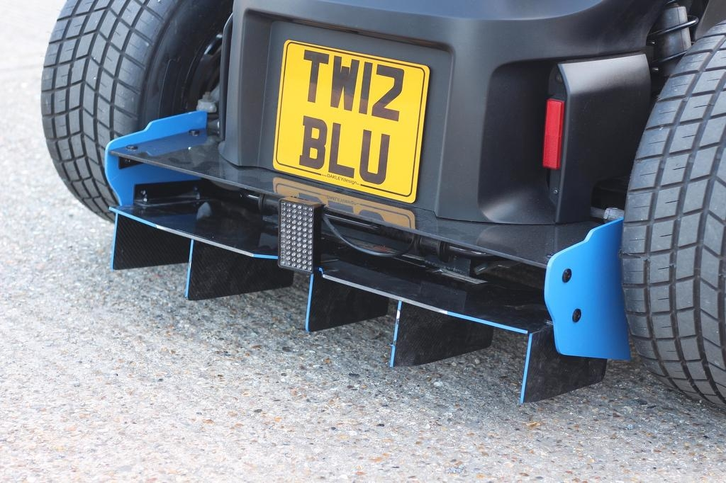 Renault-Twizy-Oakley-Design-19