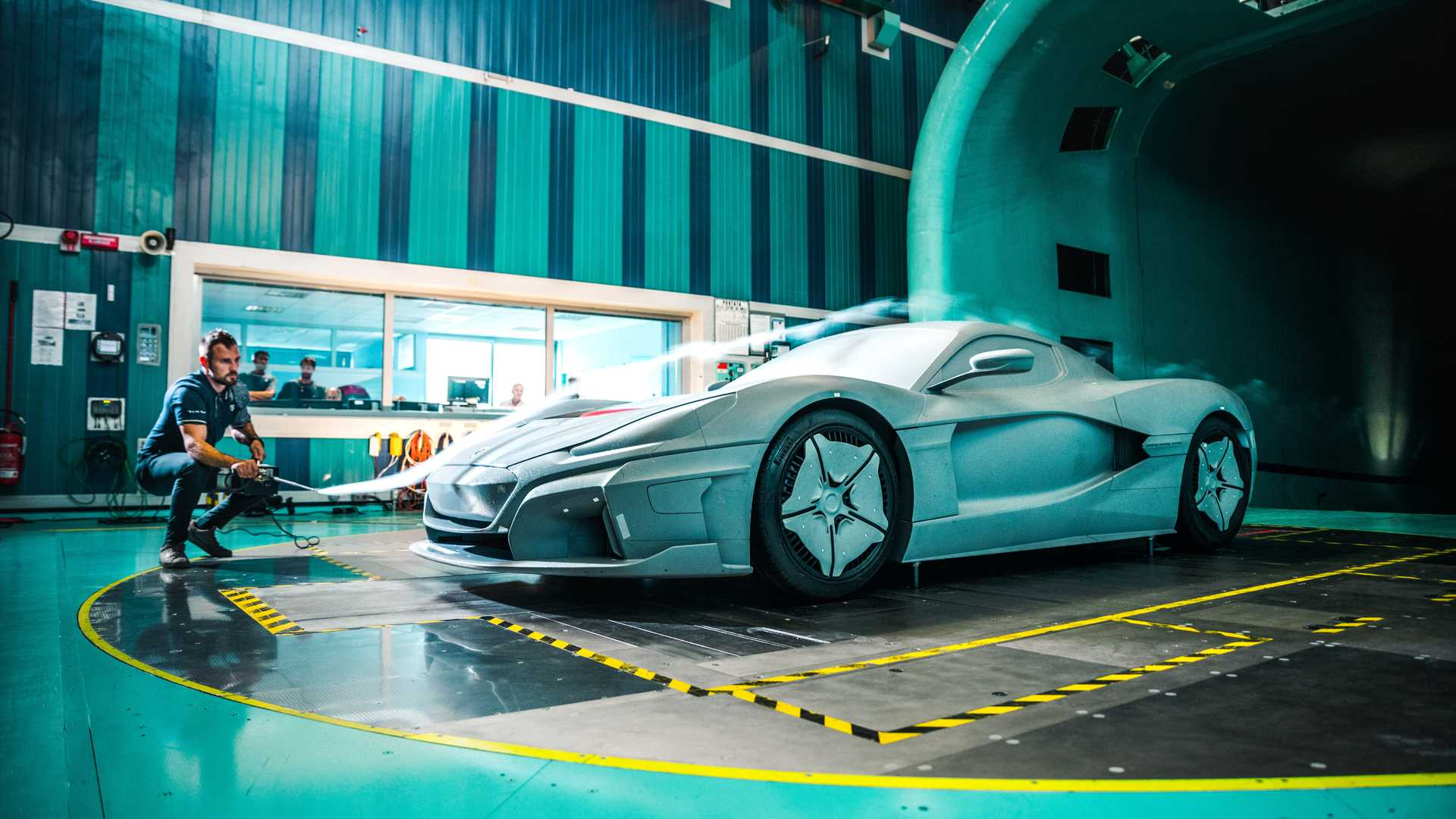 rimac-c-two-galactic-white (17)