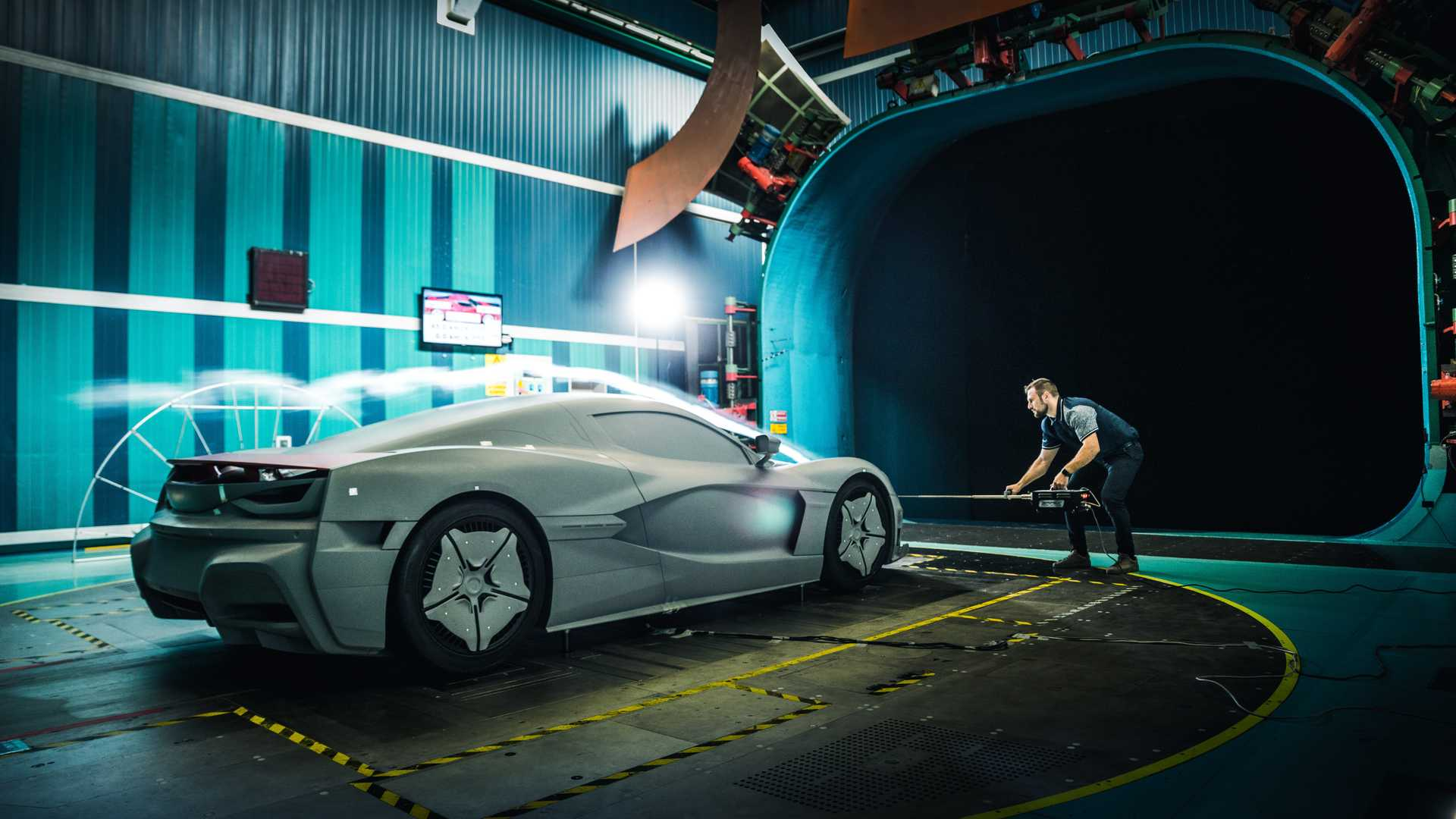 rimac-c-two-galactic-white (19)