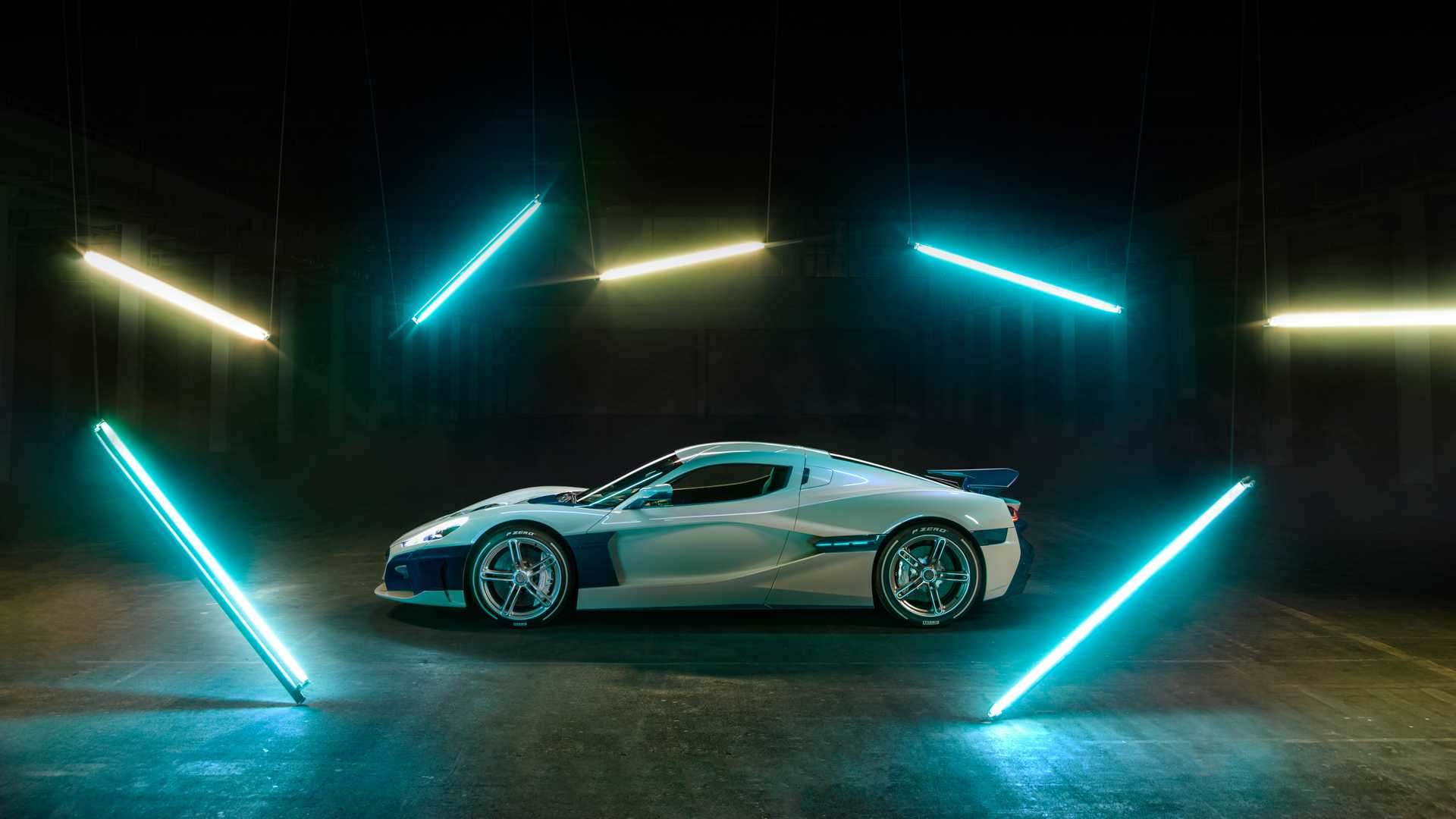 rimac-c-two-galactic-white (3)