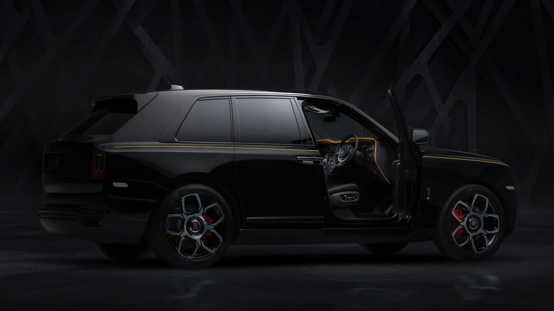 rolls-royce-cullinan-black-badge-18