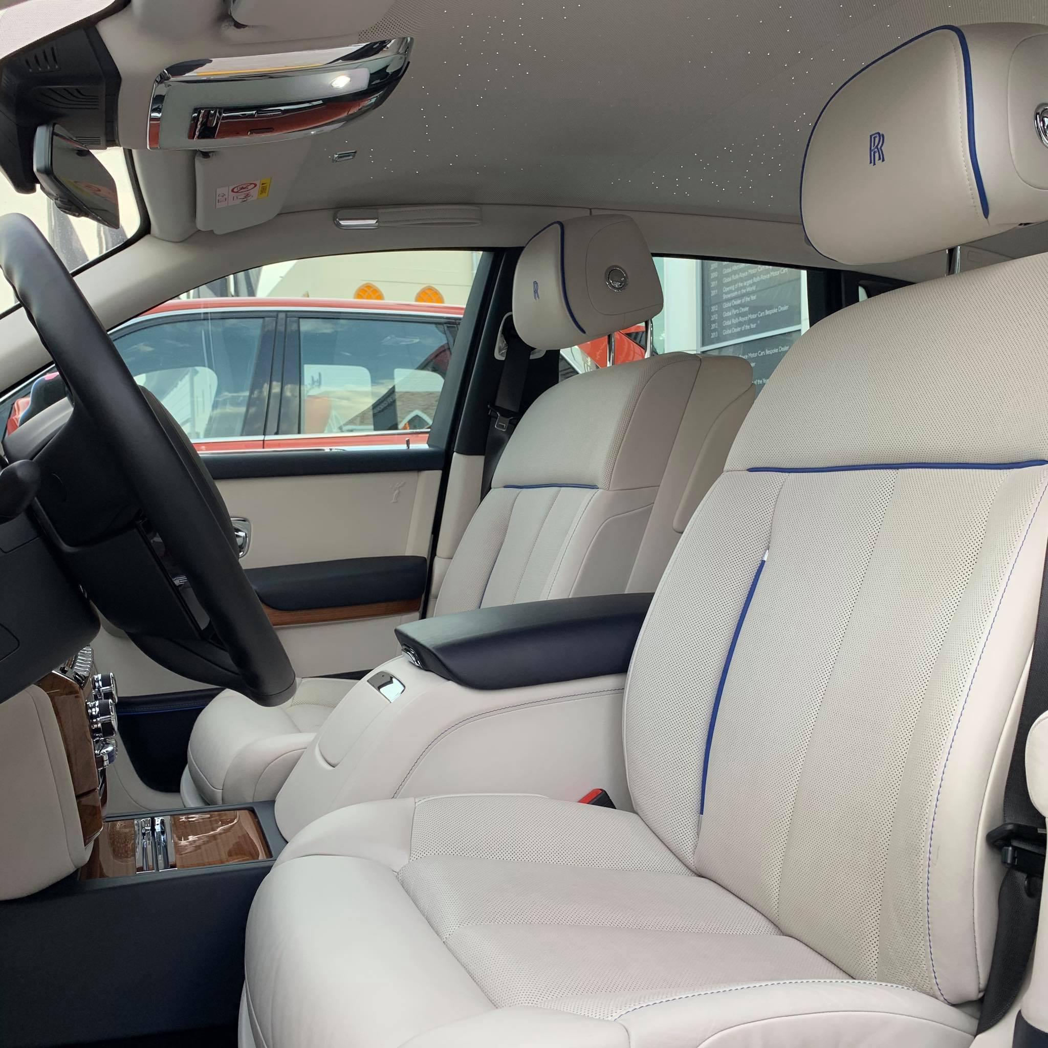Rolls-Royce_Phantom_Bradley_Theodore_0000