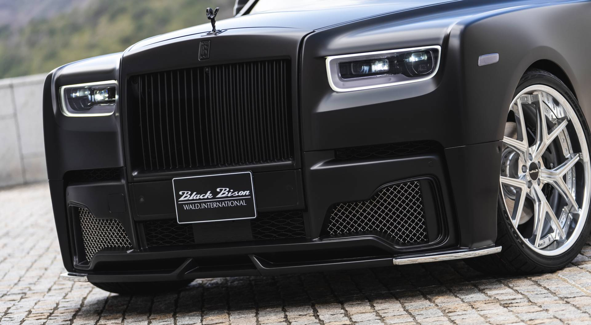 Rolls-Royce-Phantom-by-Wald-International-8