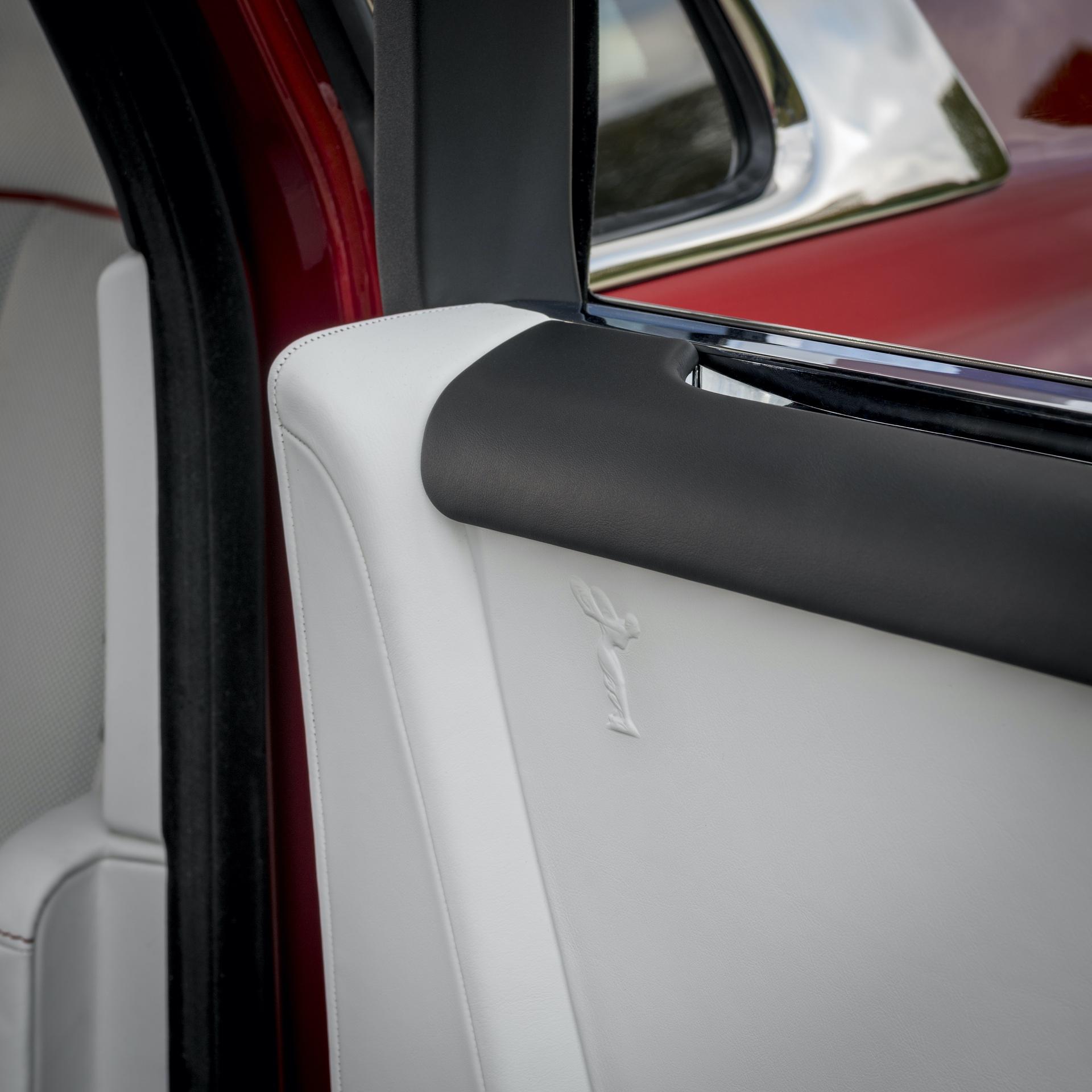 Rolls-Royce_Red_Phantom_0006