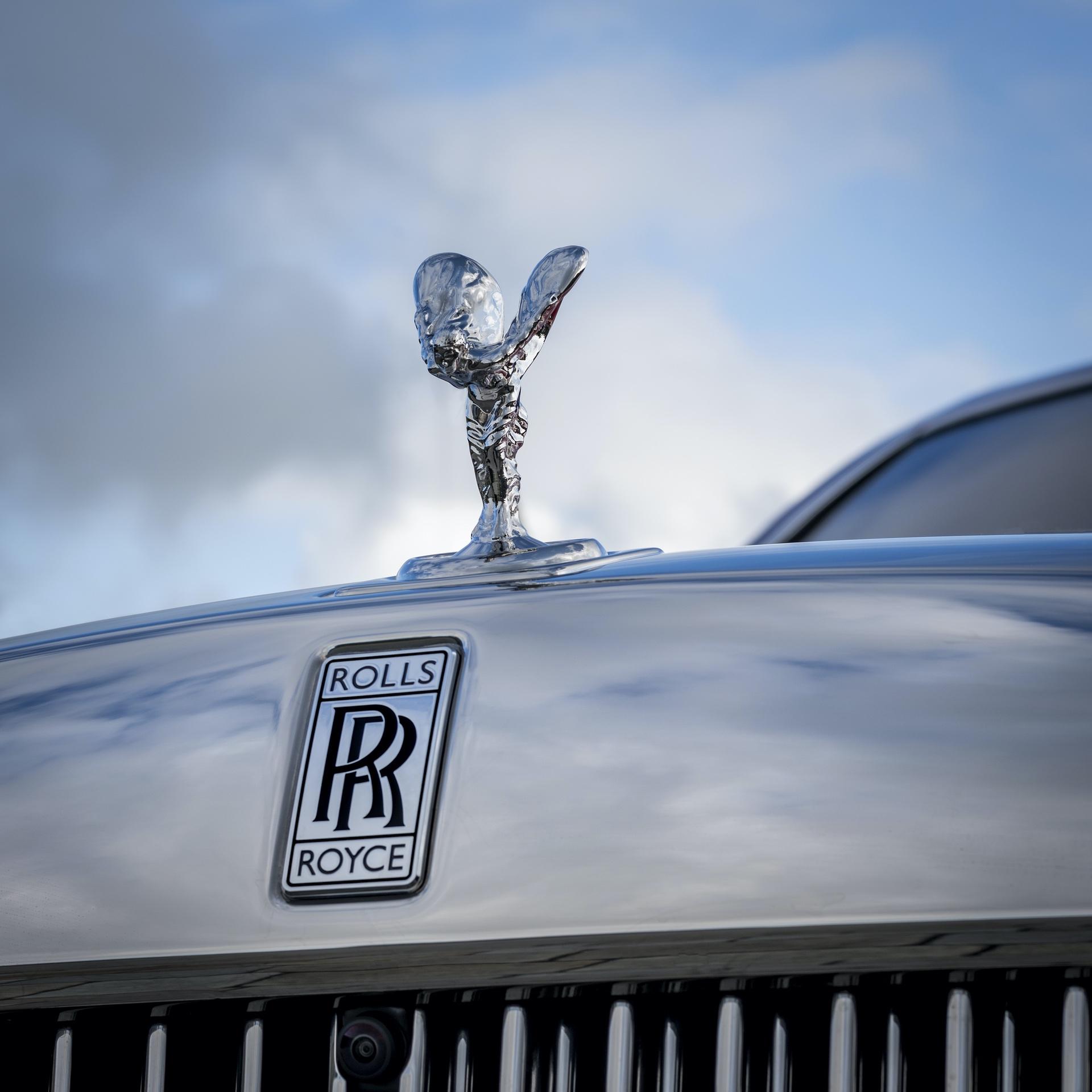 Rolls-Royce_Red_Phantom_0012