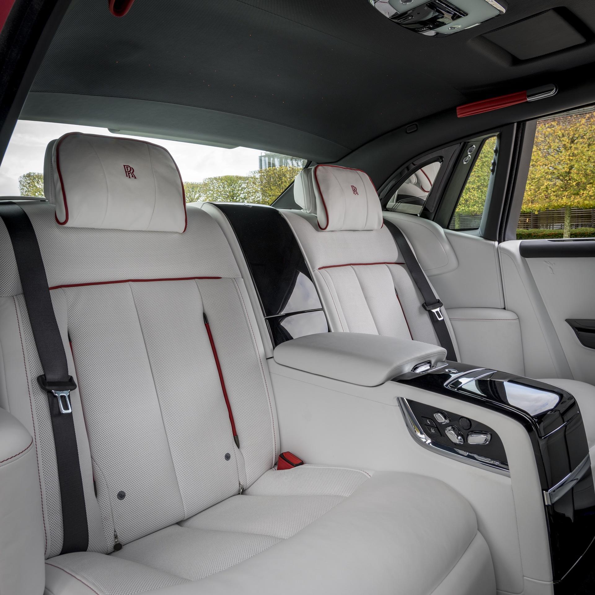 Rolls-Royce_Red_Phantom_0013
