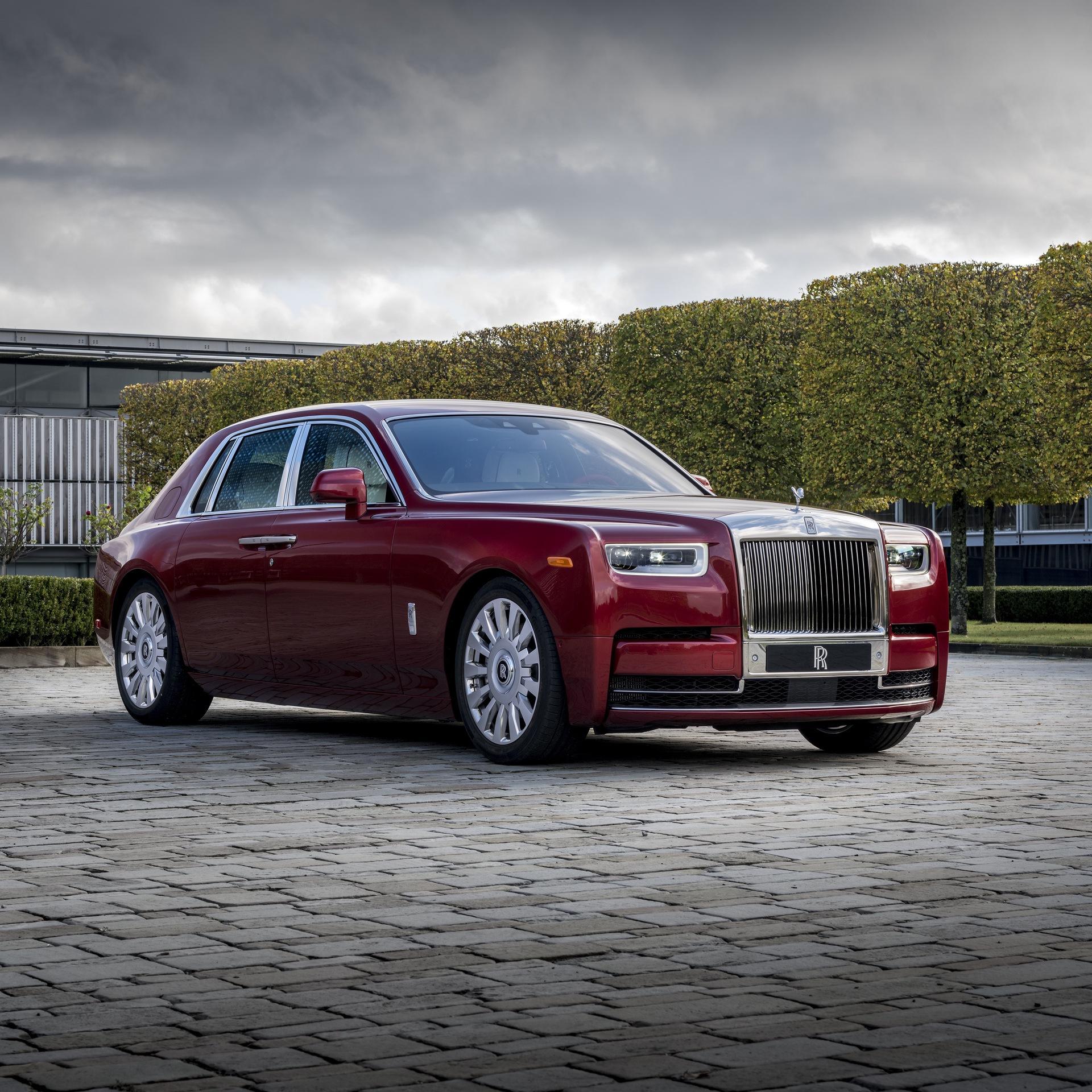 Rolls-Royce_Red_Phantom_0018