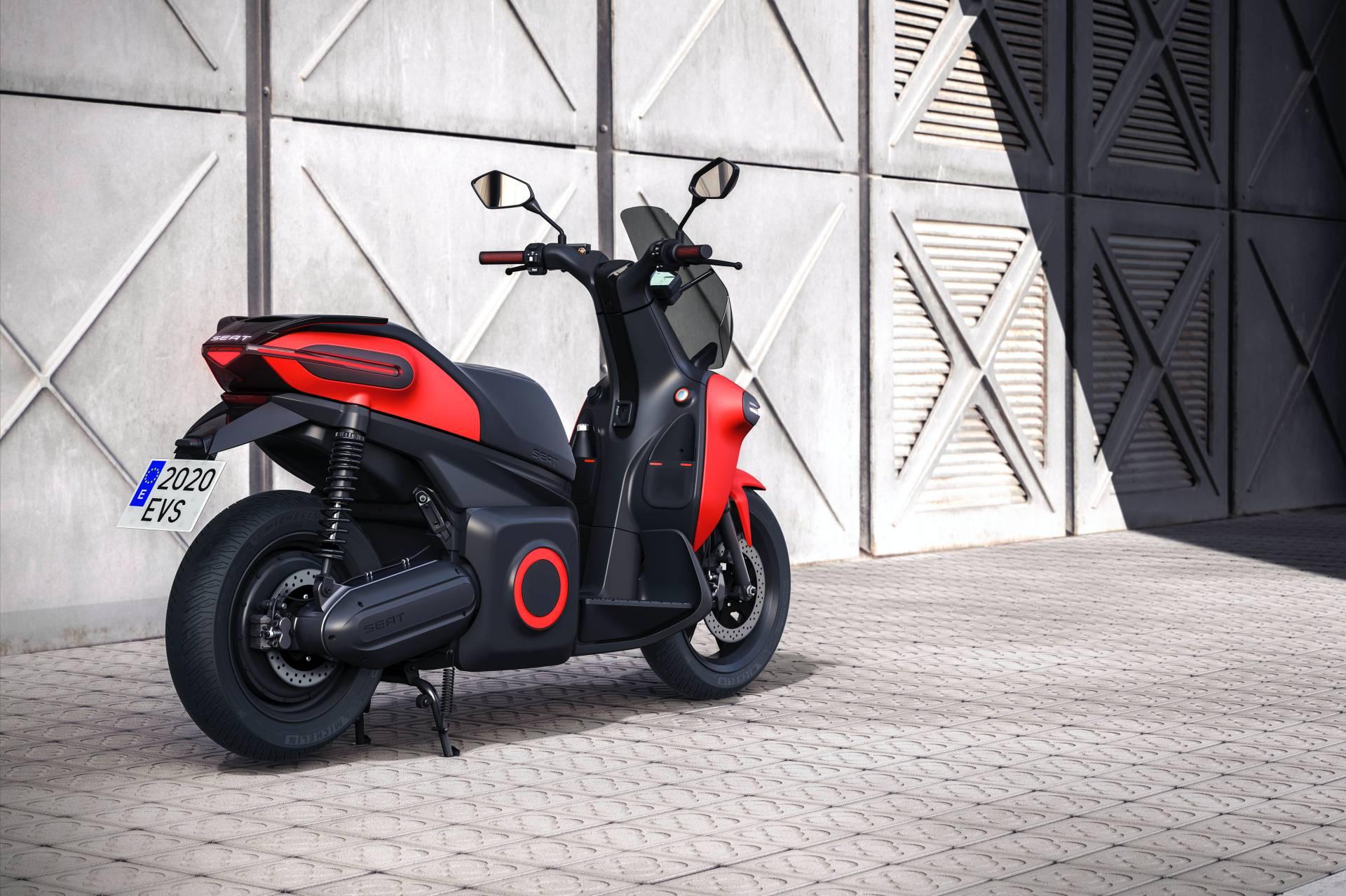 Seat-e-Kickscooter-concept-6