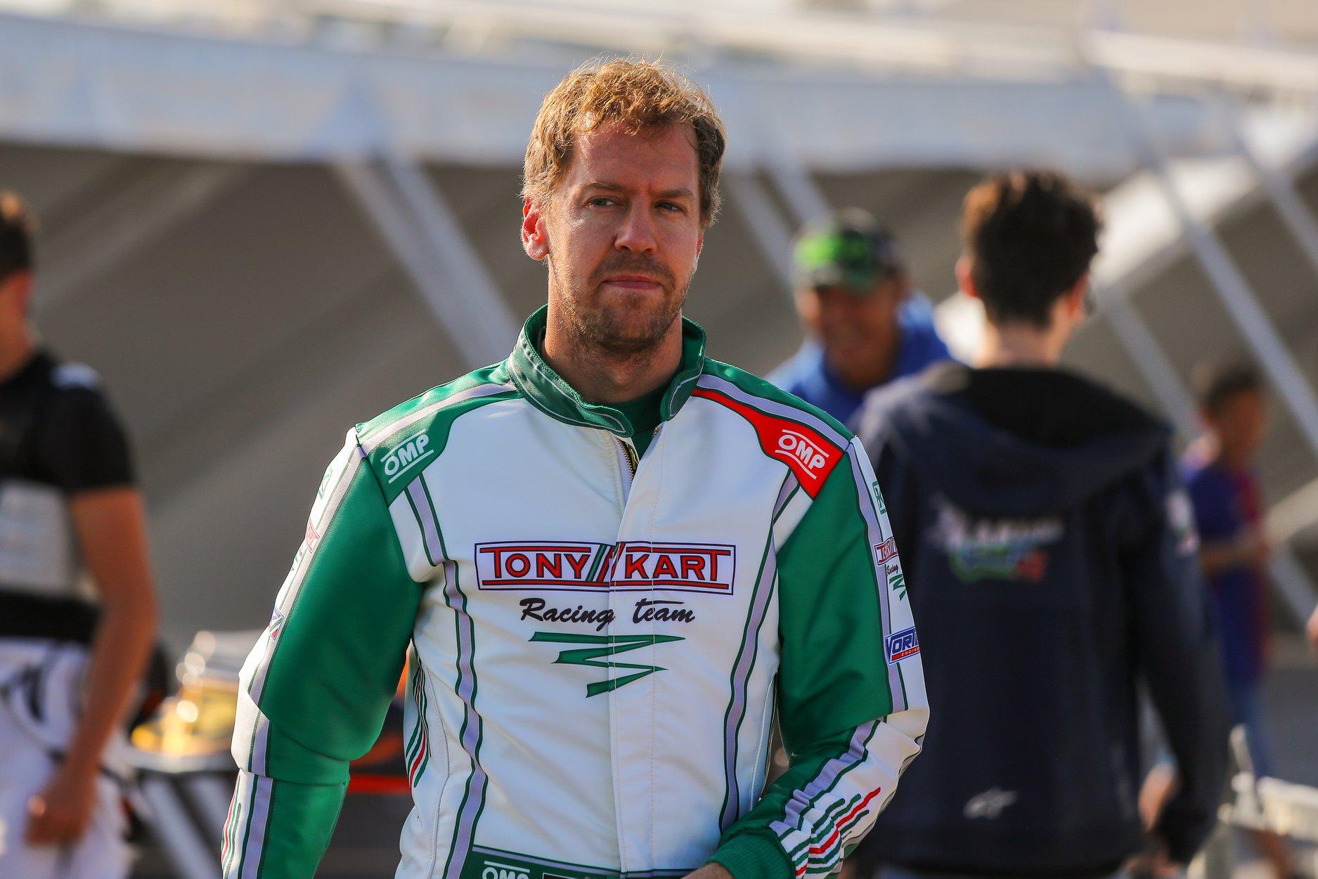 Sebastian_Vettel_testing_Tony_Kart_0007