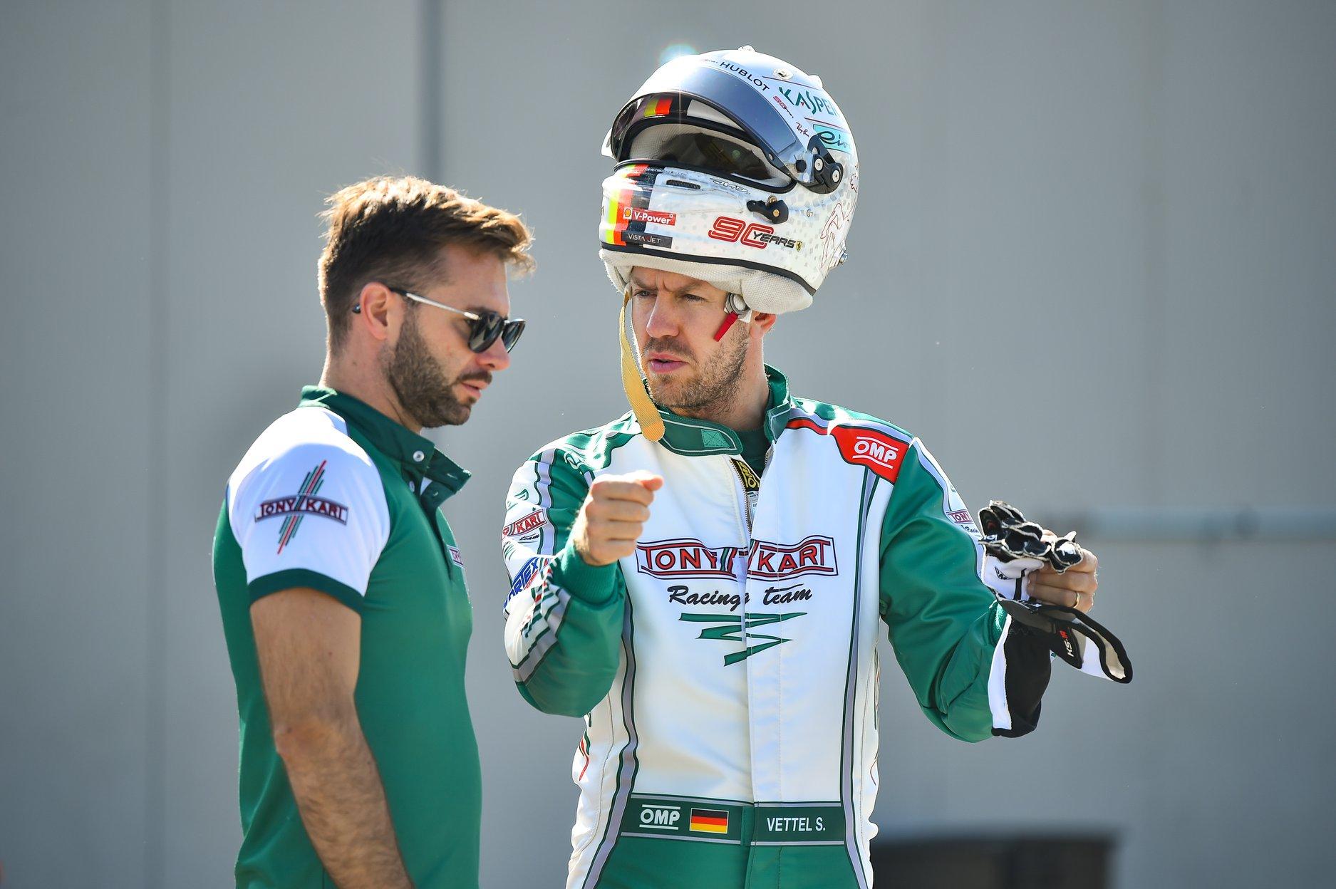 Sebastian_Vettel_testing_Tony_Kart_0009