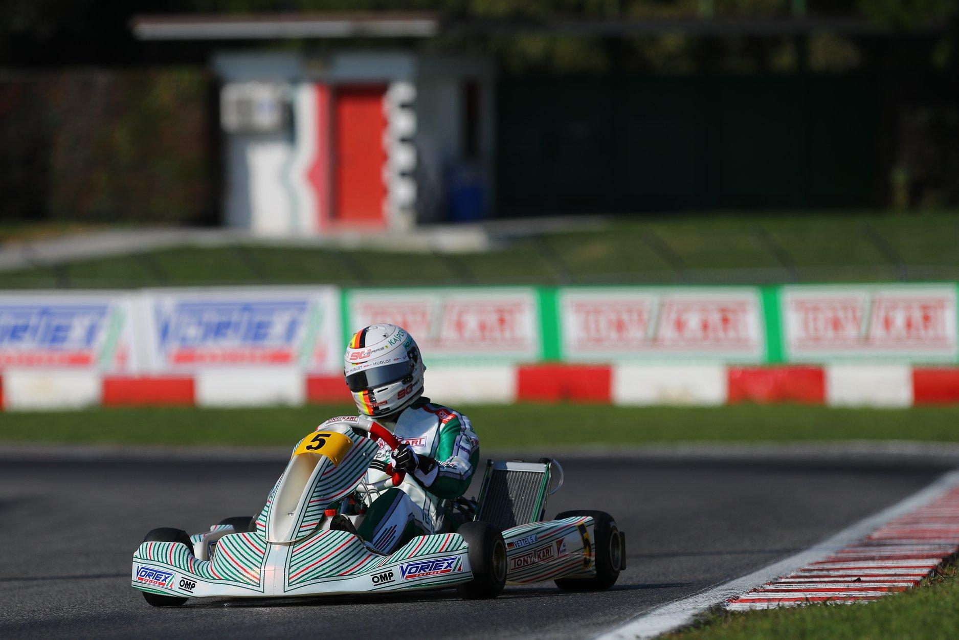 Sebastian_Vettel_testing_Tony_Kart_0018