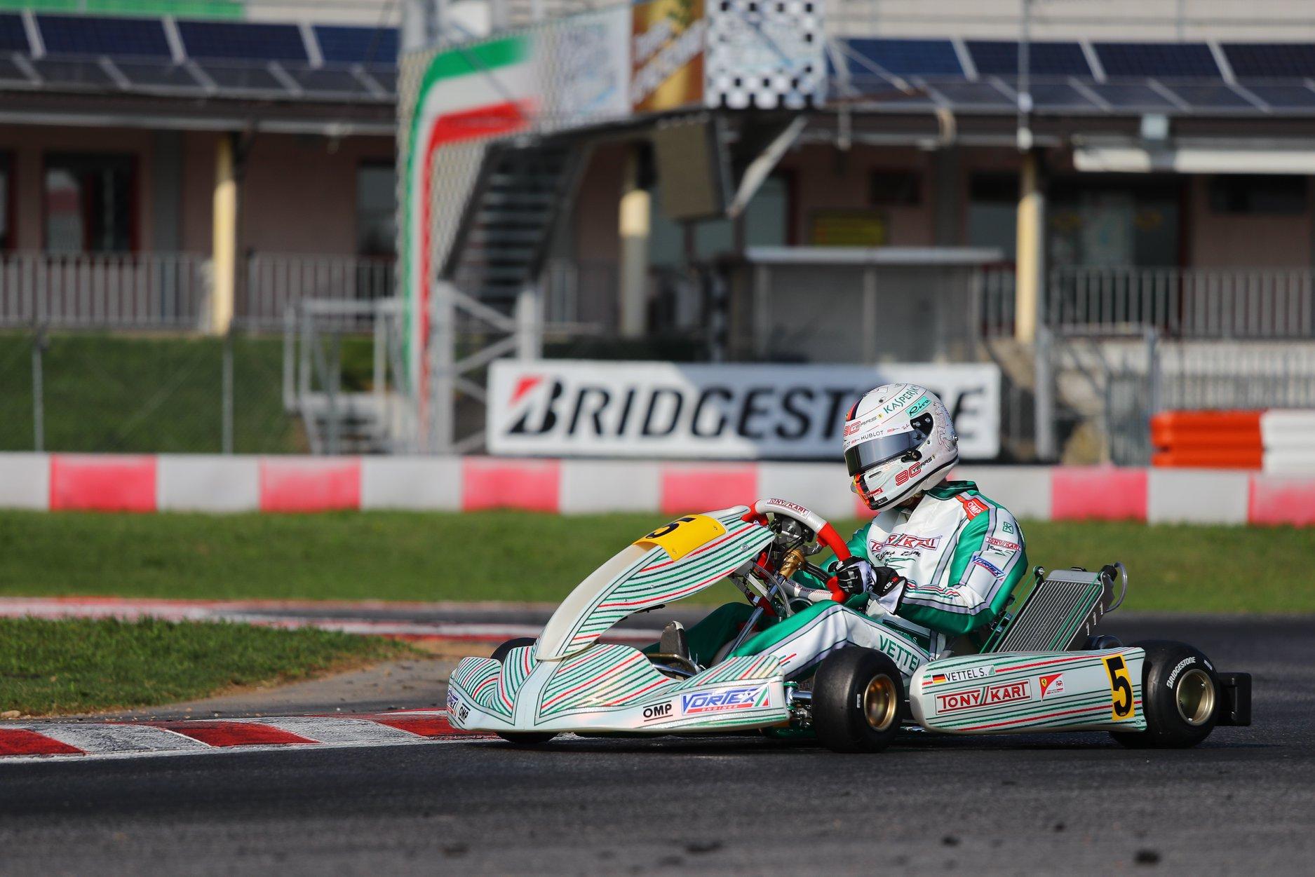 Sebastian_Vettel_testing_Tony_Kart_0020