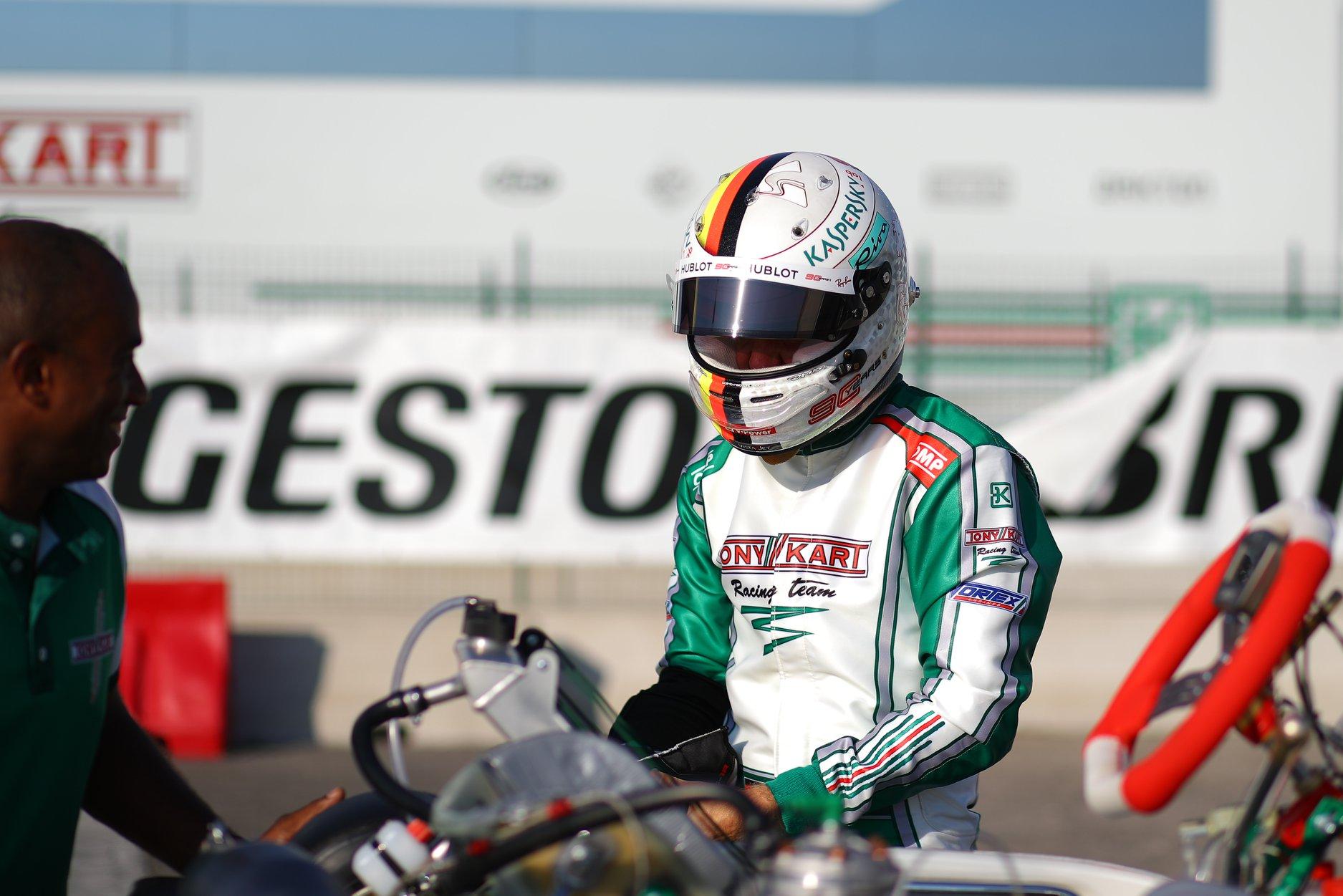 Sebastian_Vettel_testing_Tony_Kart_0025