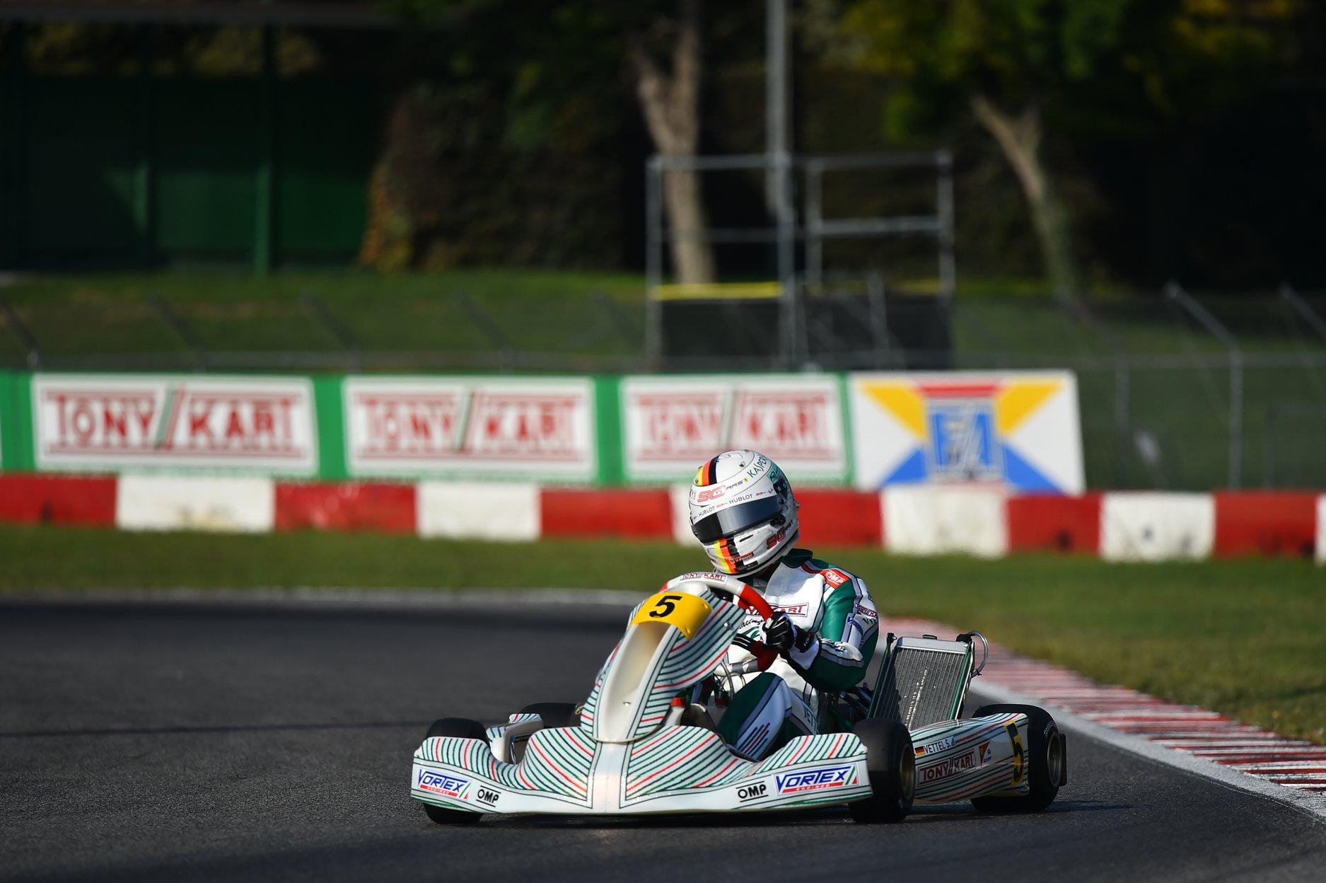 Sebastian_Vettel_testing_Tony_Kart_0029
