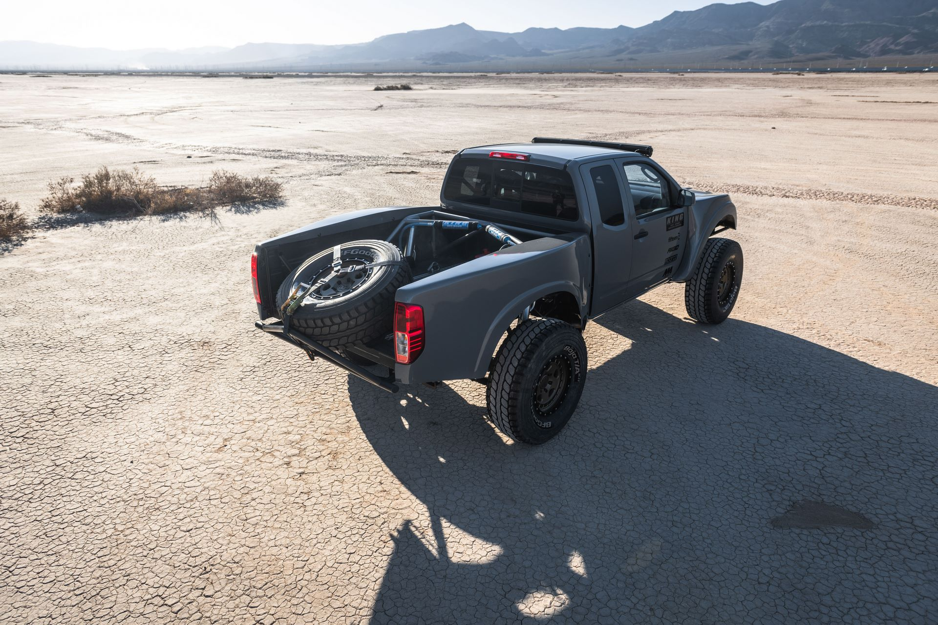 Frontier Desert Runner