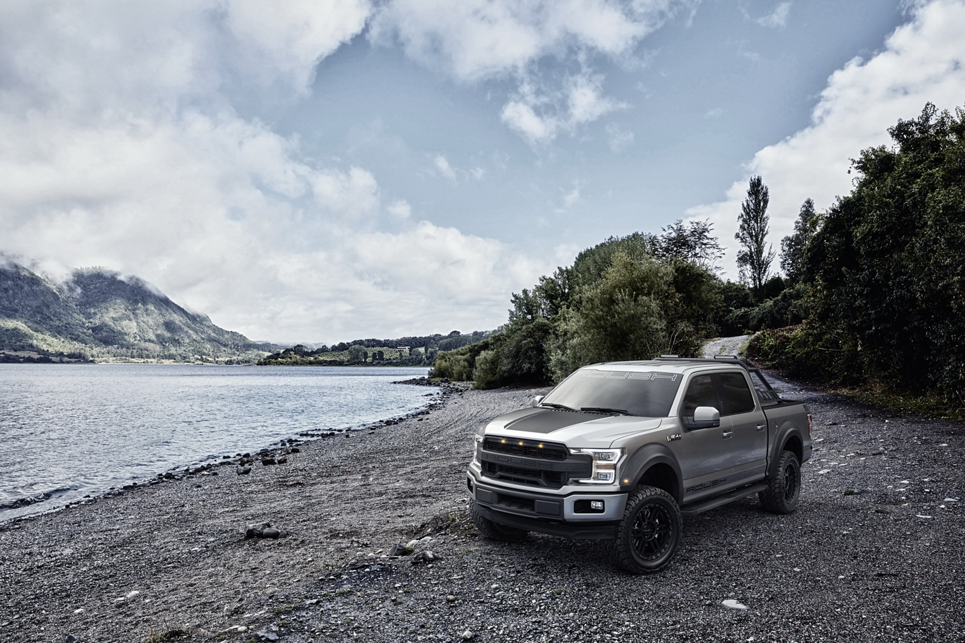 2020-Ford-F-150-Roush-01