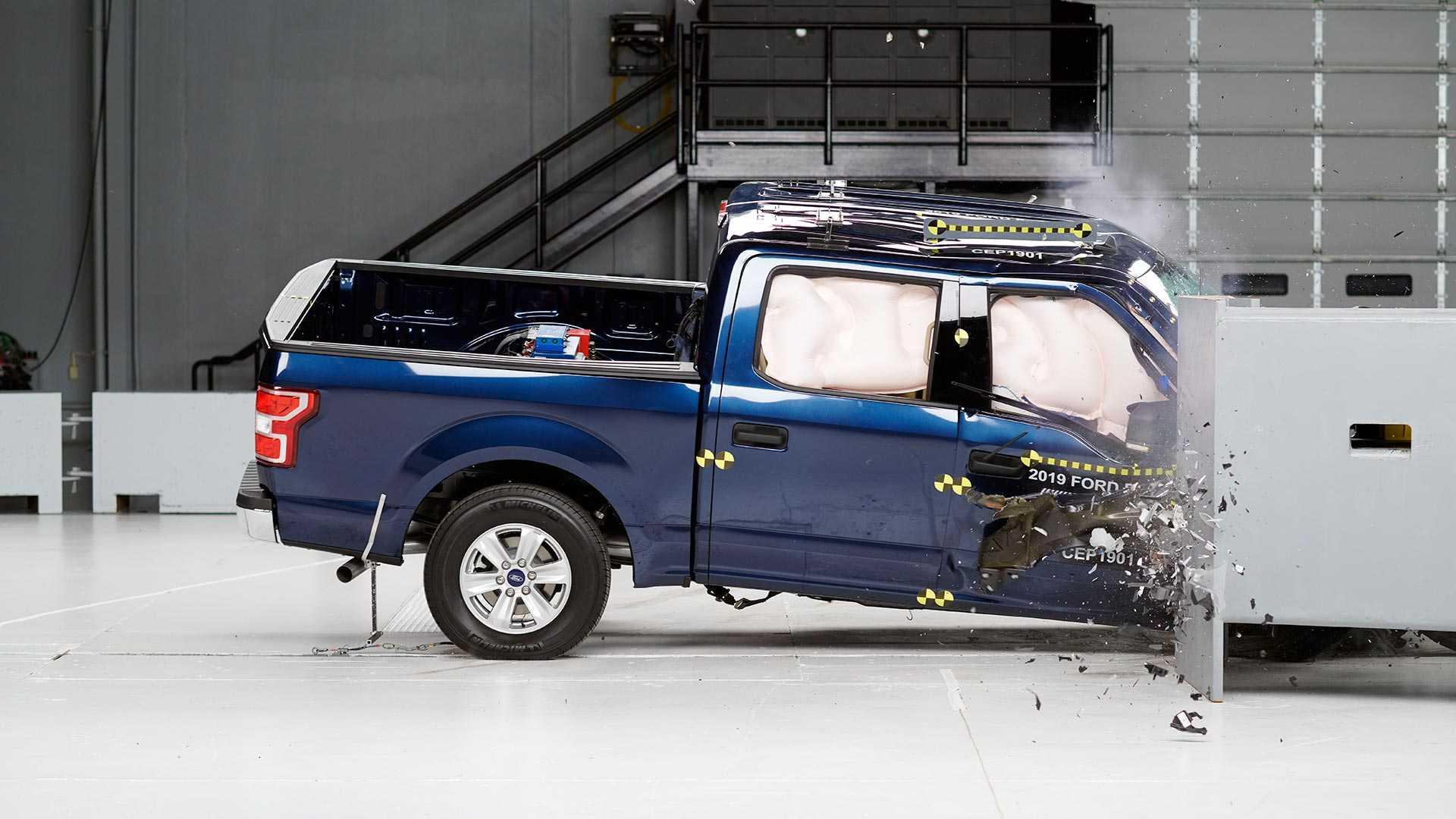 2019-ford-f-150-supercrew-crash-test (1)