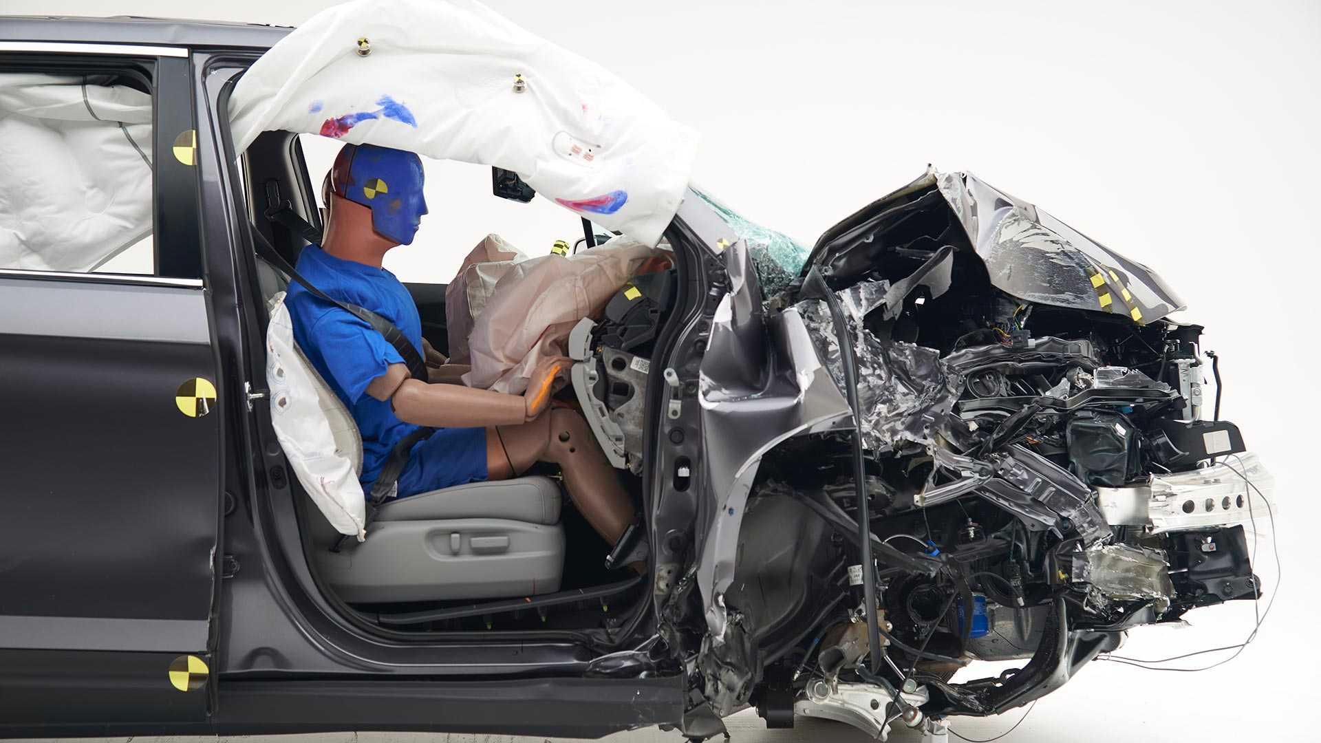 2019-honda-ridgeline-crash-test (2)