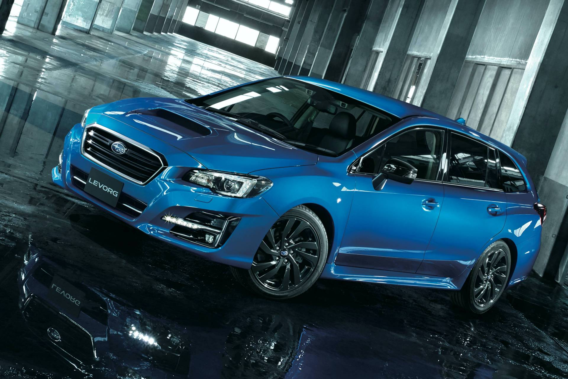 Subaru-Levorg-2.0GT-EyeSight-V-Sport-2